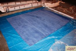 200cm x 250cm blue 100% Indian wool rug (C1).