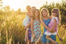 A family portrait session with photographer Adam Barnes on the Suffolk Coast – you will be given
