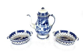 A pair of 19th Centurywillow pattern chestnutbaskets,21cm;and a 19th Century blue and white