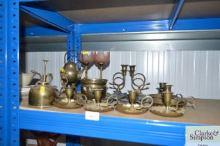 A quantity of various brass ware