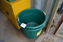 2x large buckets/ drinkers. NO VAT.
