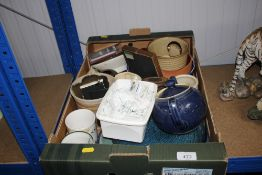 A box containing various sundry items to include D