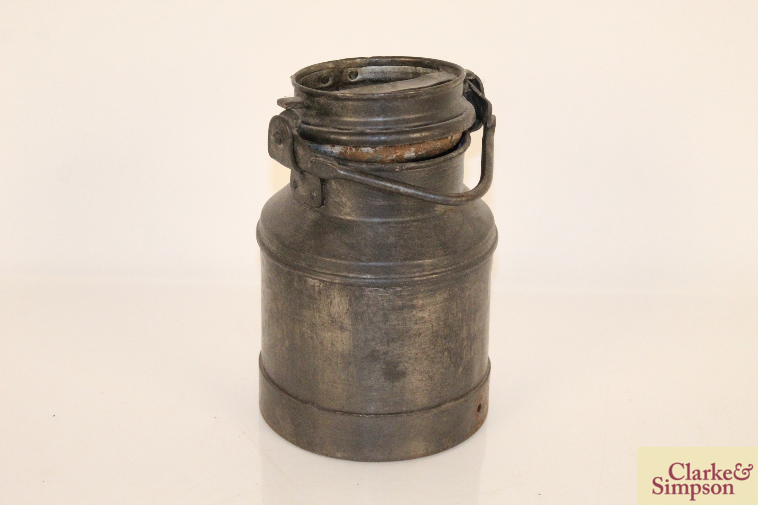 A 2 litre steel and brass mounted churn - Image 2 of 6