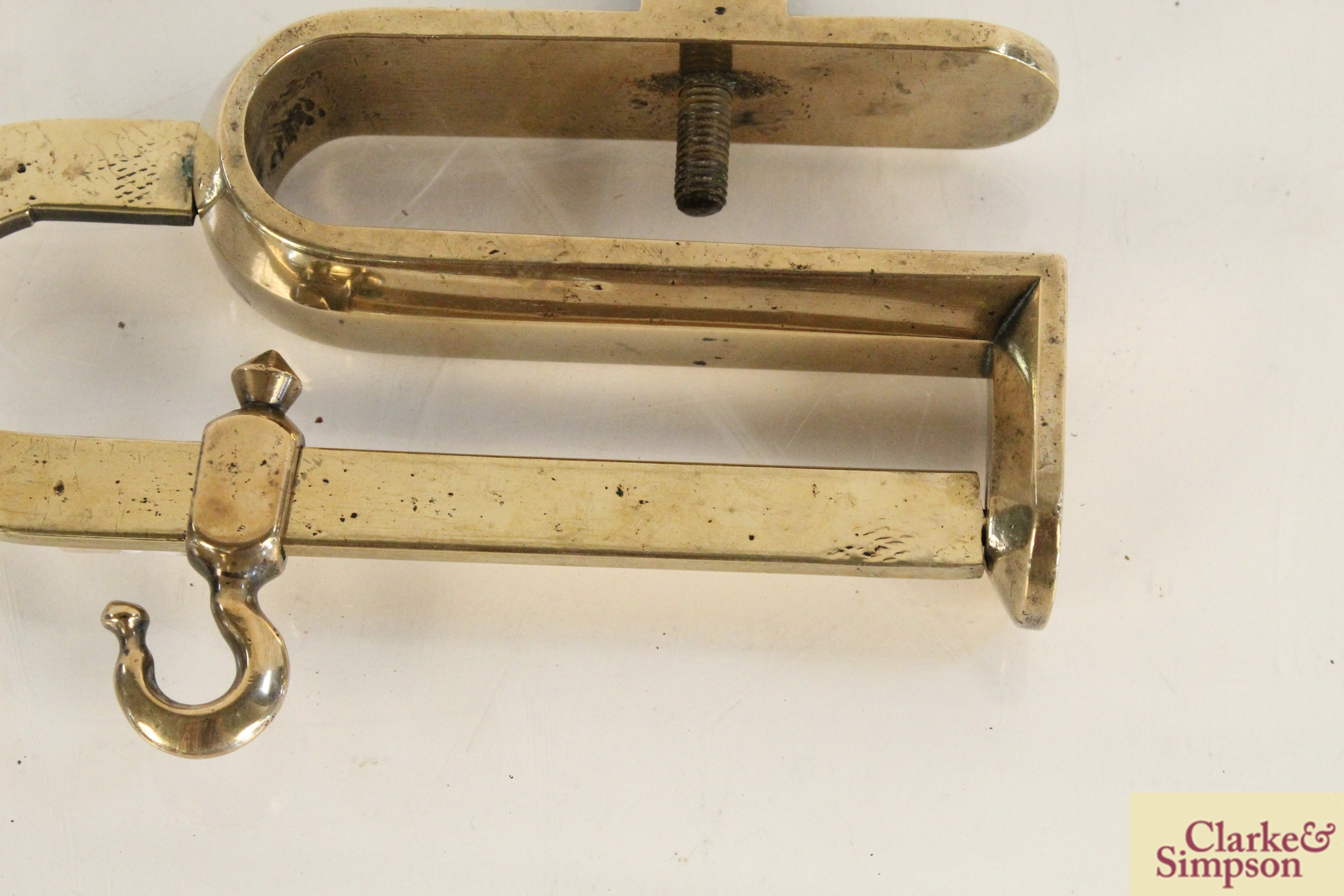 An unusual form of Georgian brass downhearth mant - Image 7 of 8
