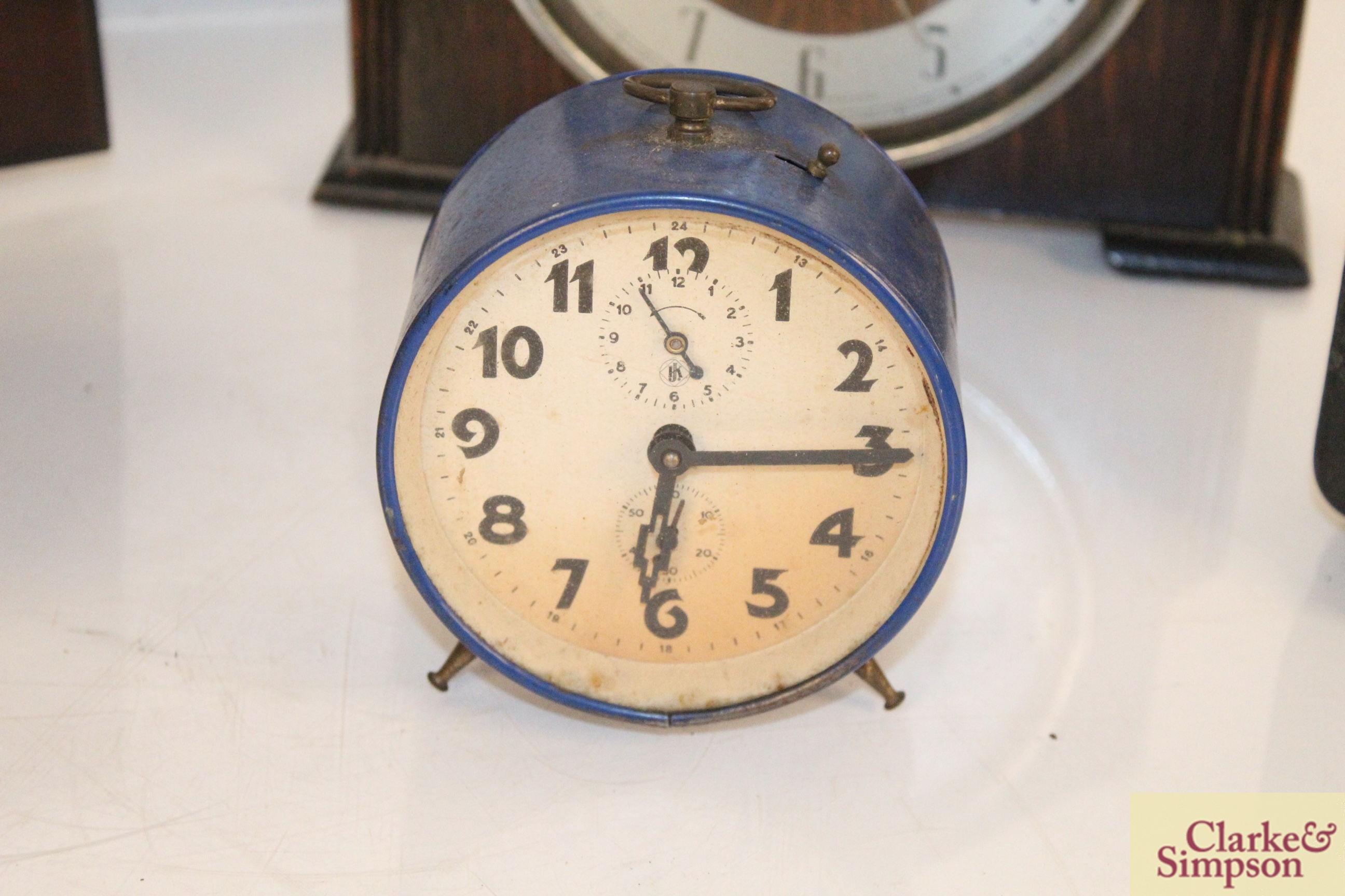A collection of vintage clocks including a war ala - Image 6 of 7