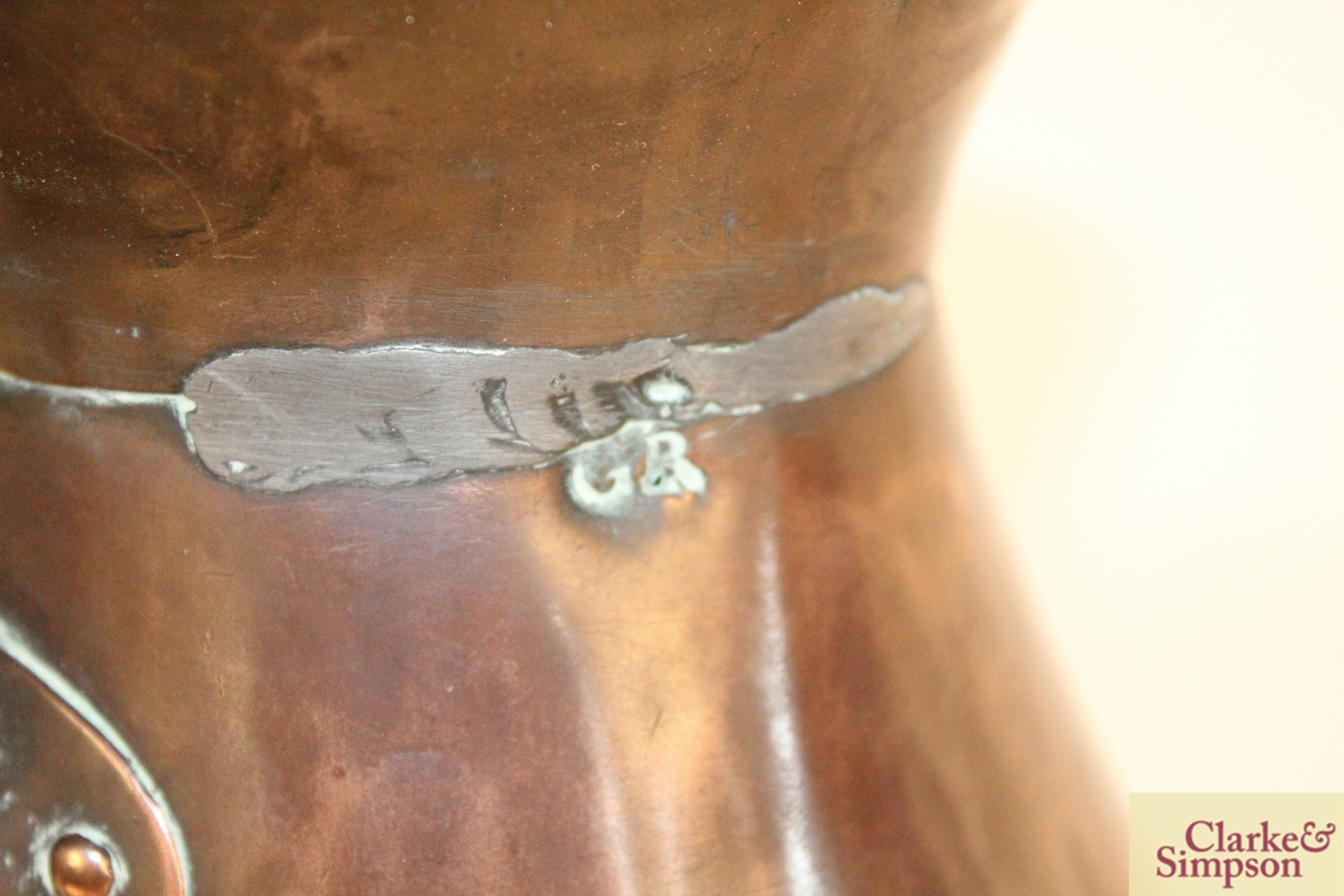 Two antique copper jugs - Image 6 of 9