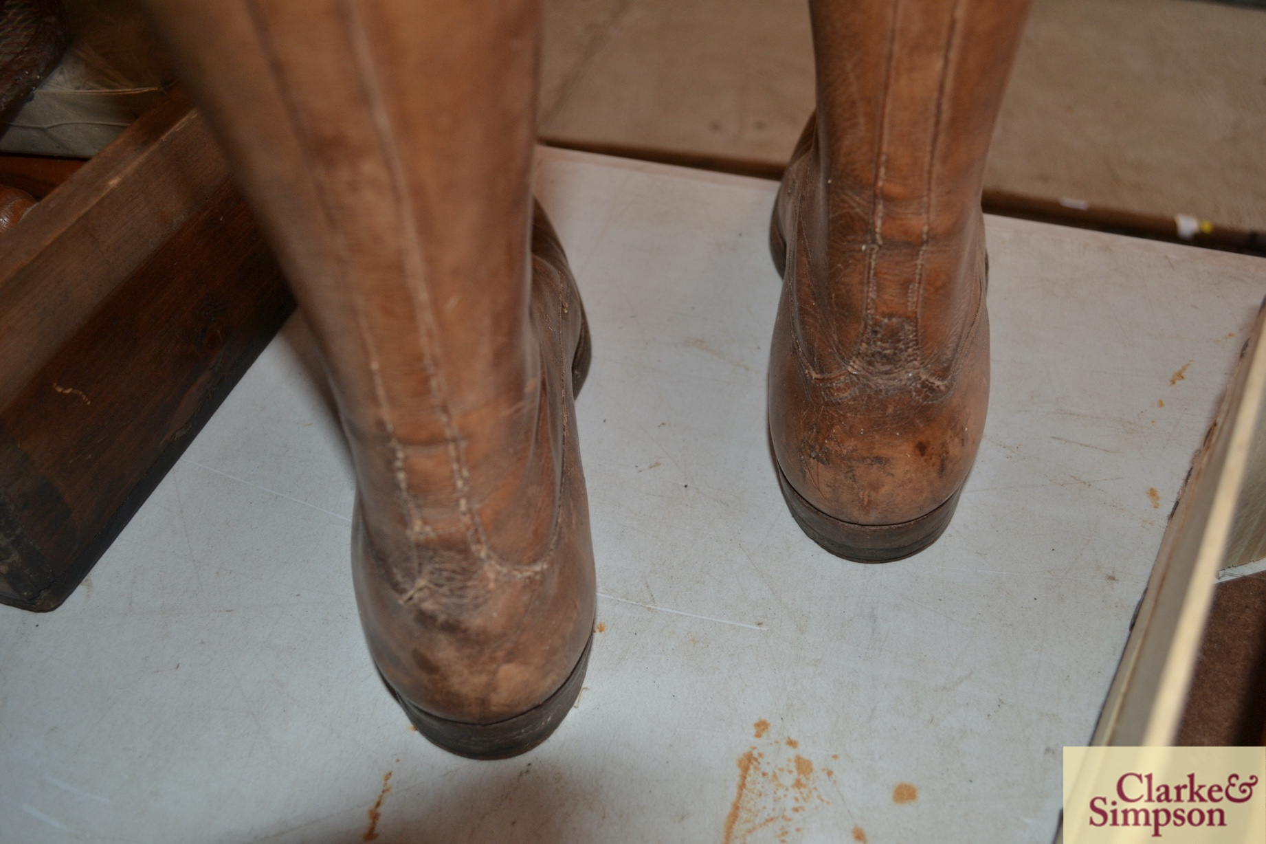 A pair of early 20th Century vintage leather boots - Image 4 of 6