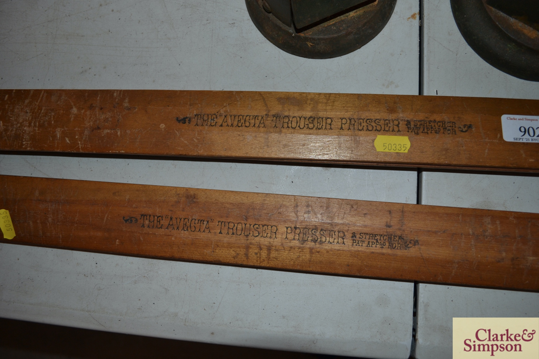 Two vintage Avecta trouser presses - Image 3 of 3