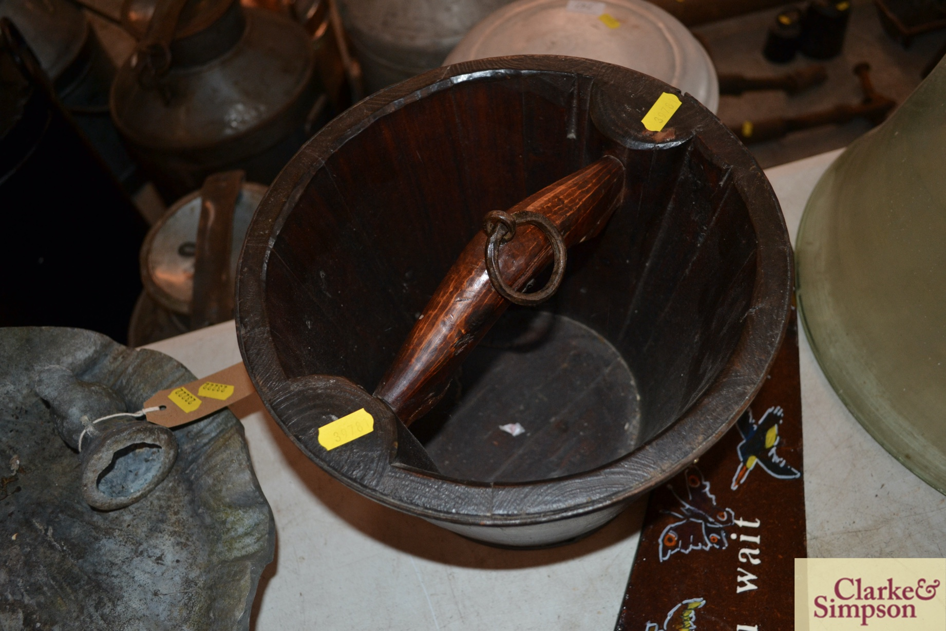A metal bound wooden well pail - Image 3 of 3