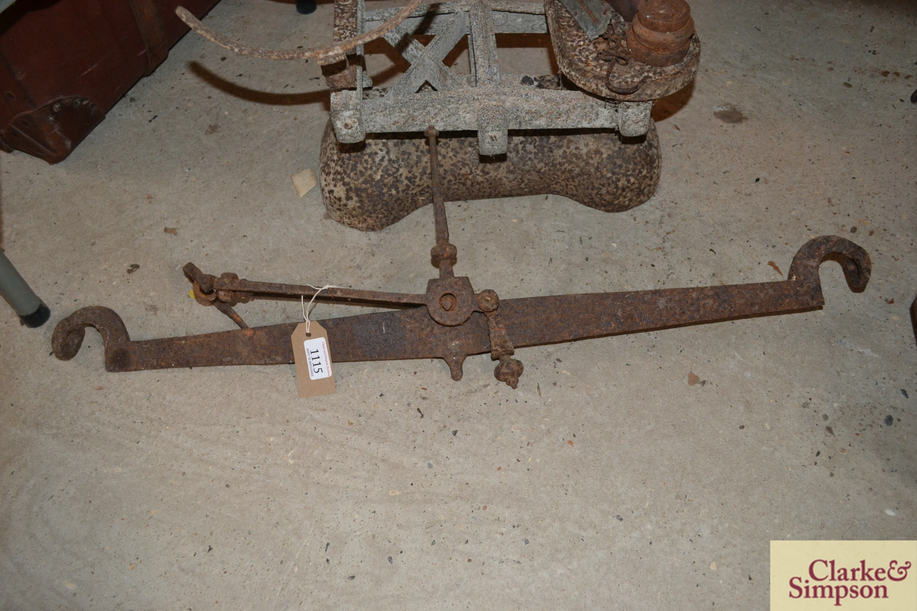 An old cast iron beam scale (incomplete) and a cas - Image 4 of 4