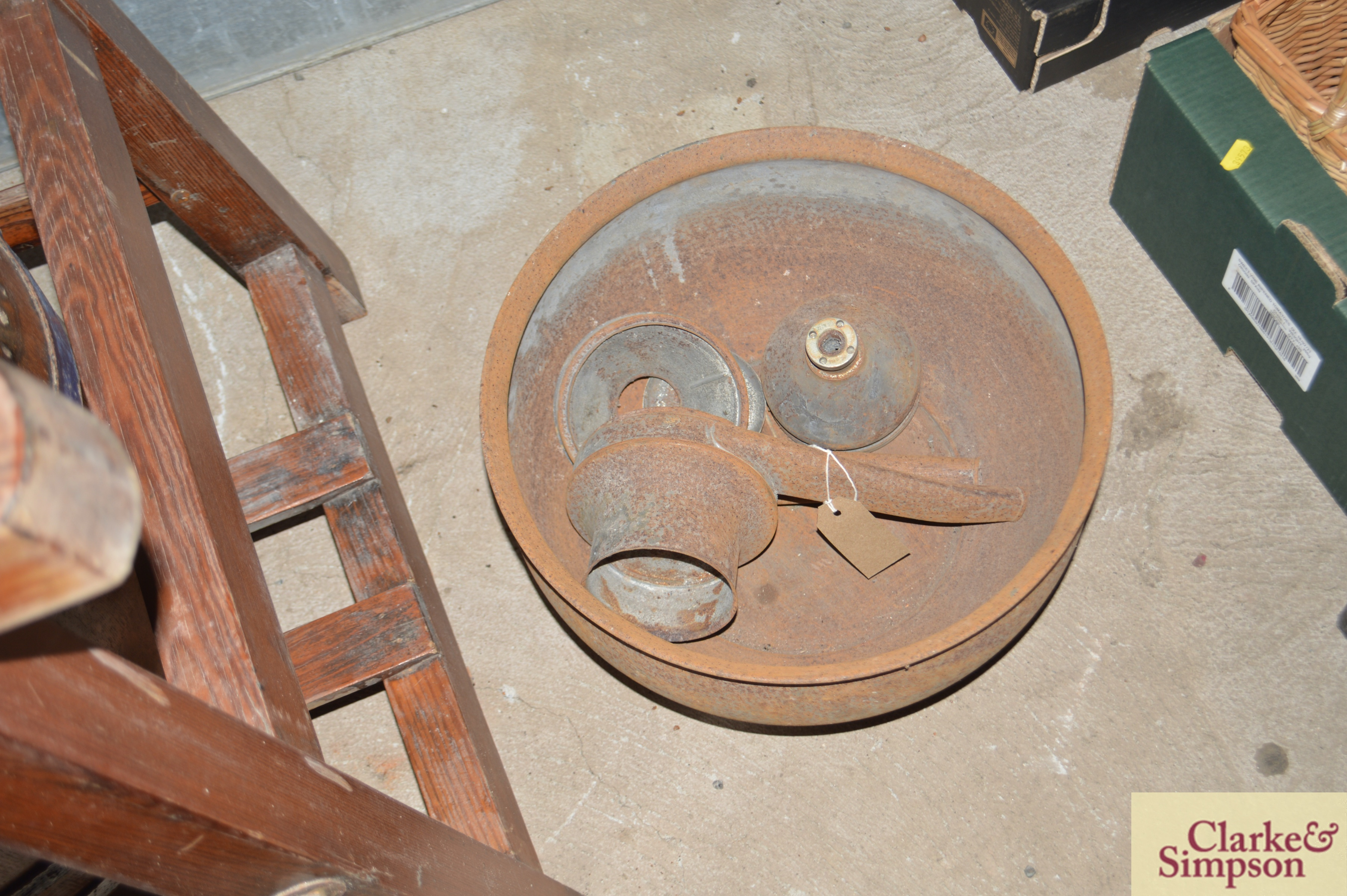 An old butter churn with stand and cream separator - Image 2 of 13