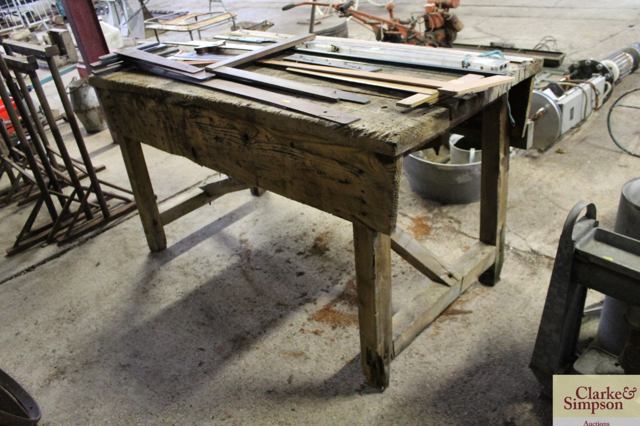 A vintage wooden work bench complete with Record v - Image 2 of 5