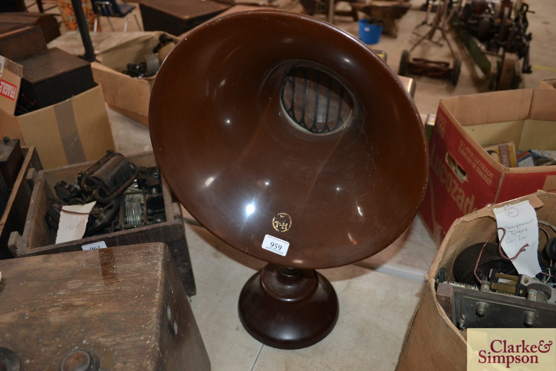 A BTH radio horn speaker