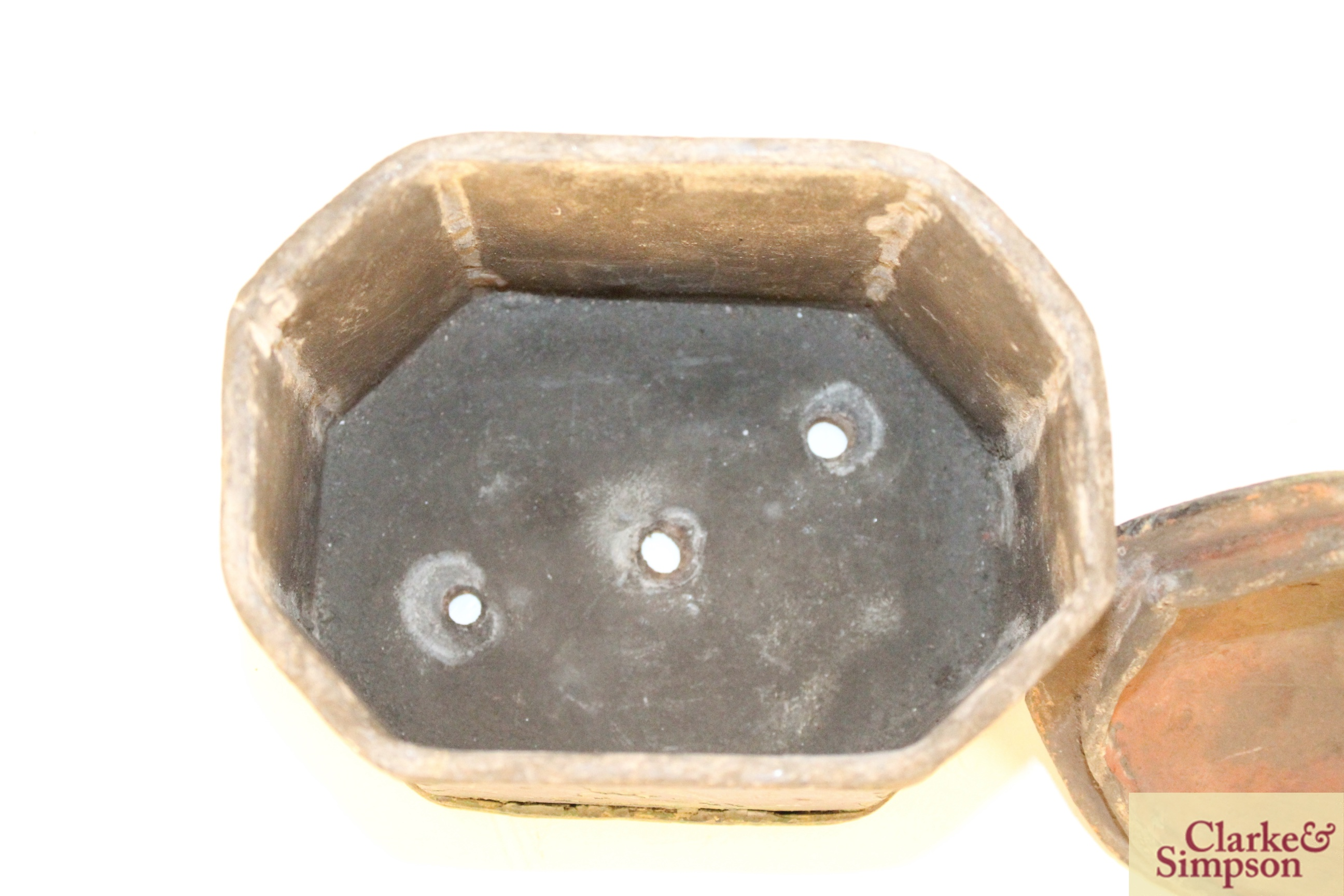 A lead casket containing a faux ivory skull - Image 5 of 7