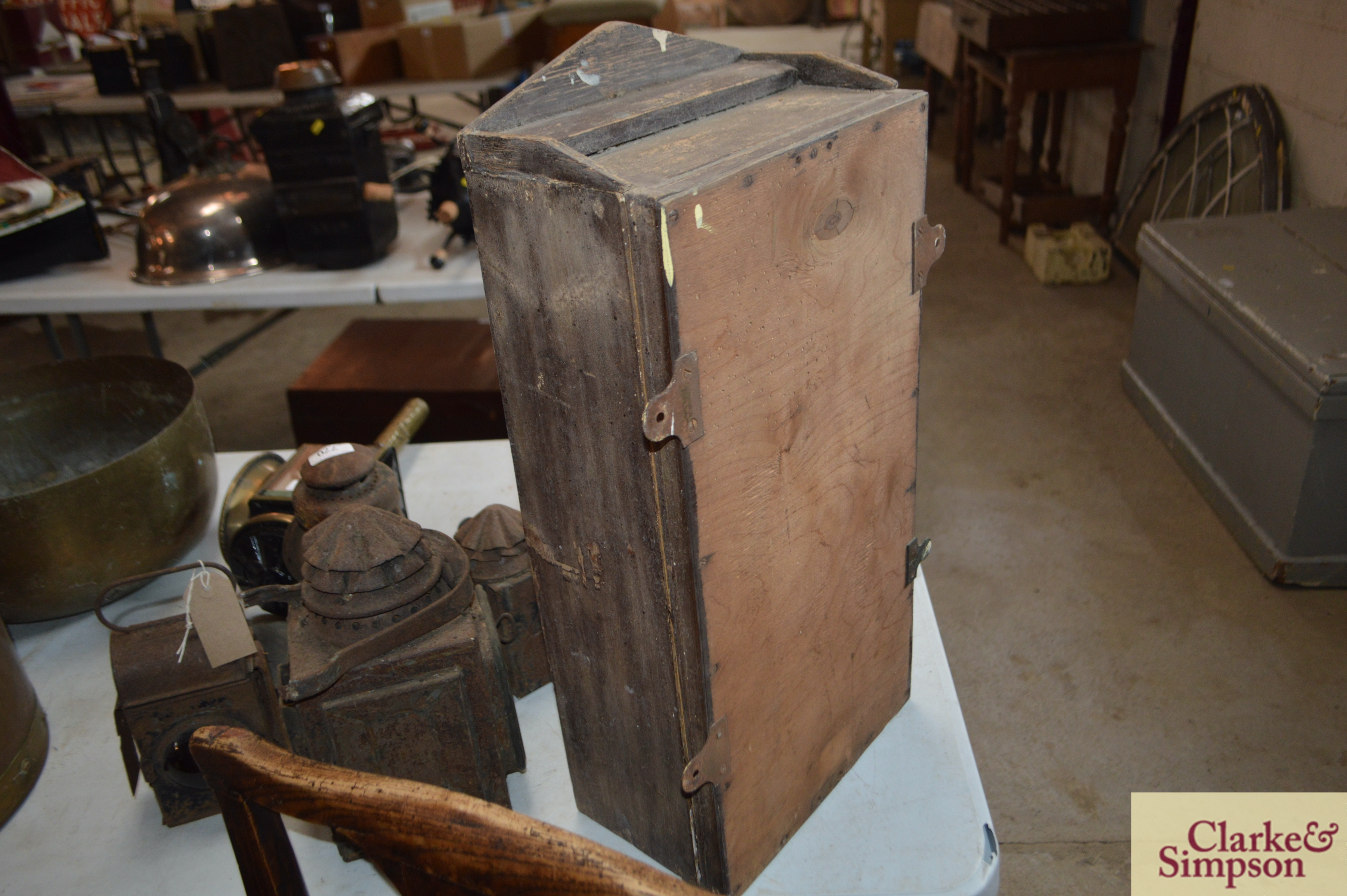 A 19th Century small wall cabinet with interior sh - Image 3 of 3