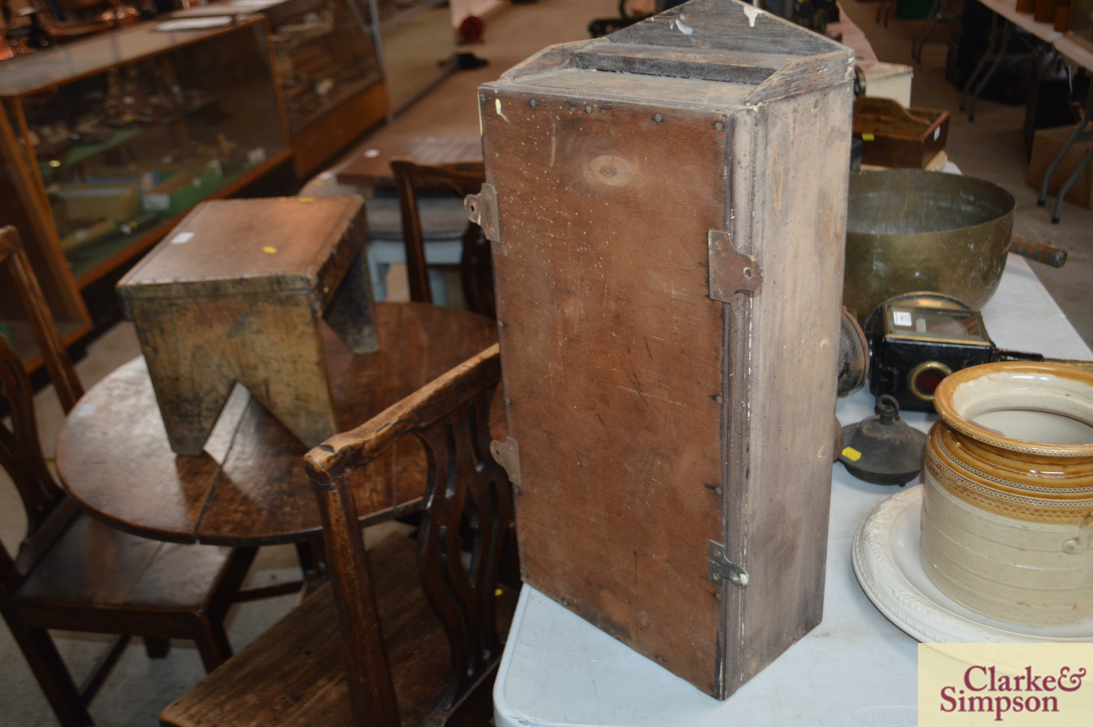 A 19th Century small wall cabinet with interior sh - Image 2 of 3