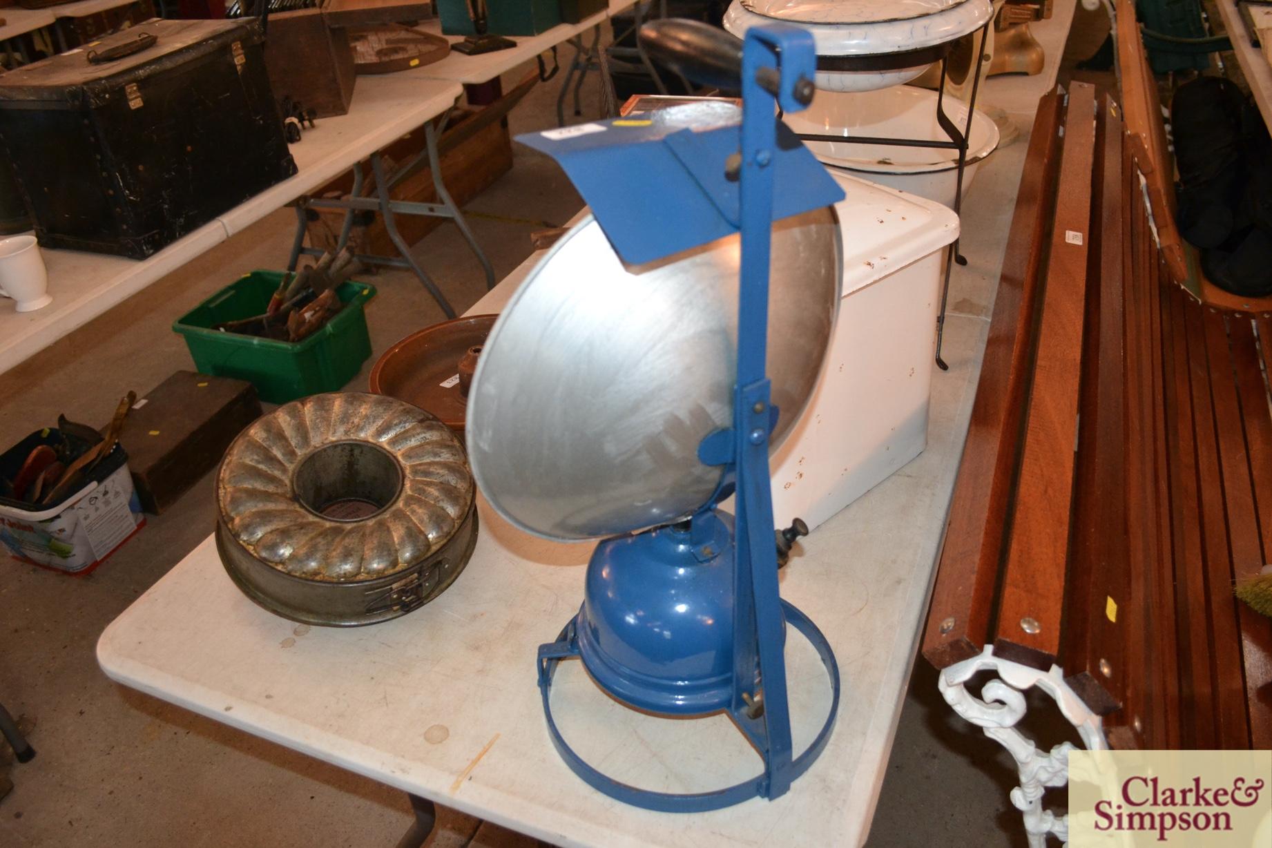 A Tilley AL8 railway track work lamp - Image 4 of 6