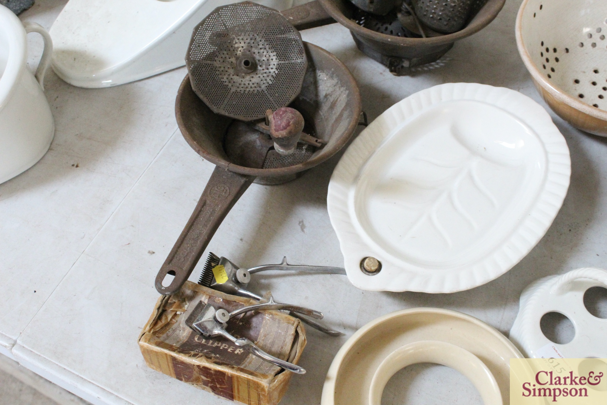 A quantity of various kitchenalia including a quic - Image 4 of 5