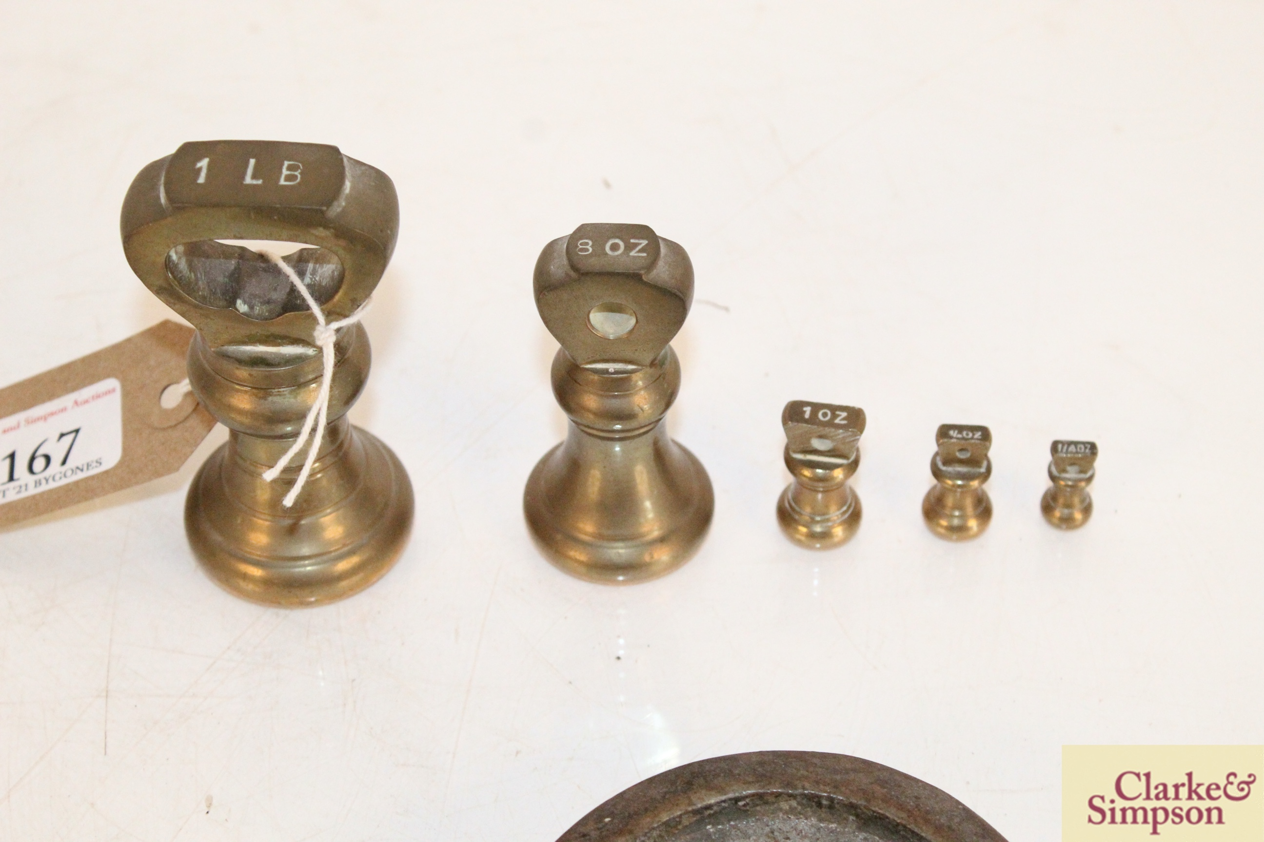 A set of brass graduated weights from 1lb to ¼oz, - Image 3 of 3