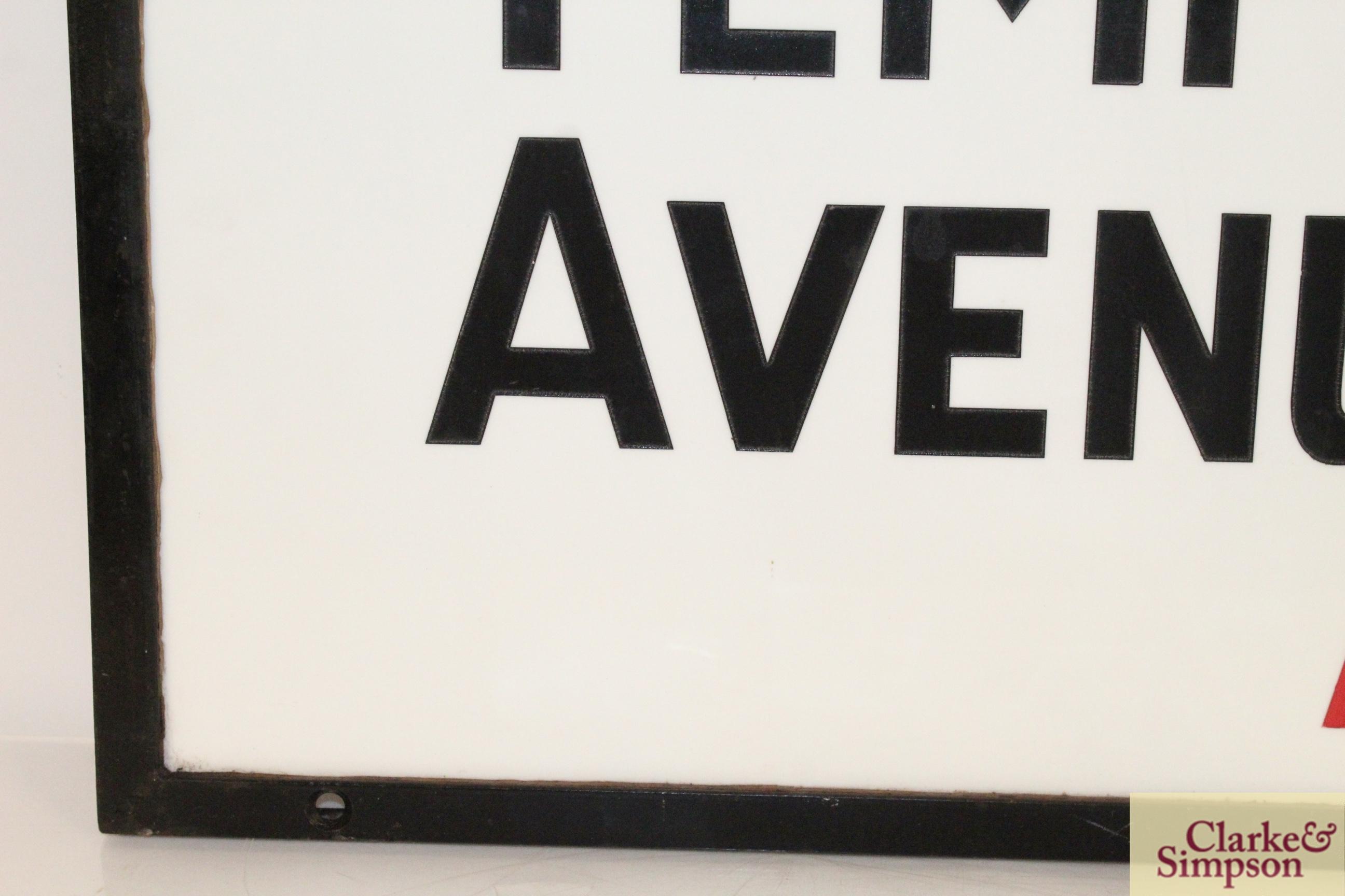 "An original ""Temple Avenue EC4"" vitreous white gla - Image 3 of 7"