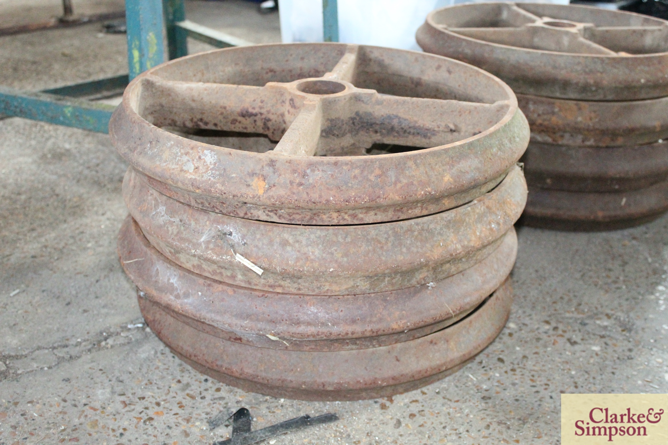 4x cast iron wheels/ rings. - Image 2 of 2