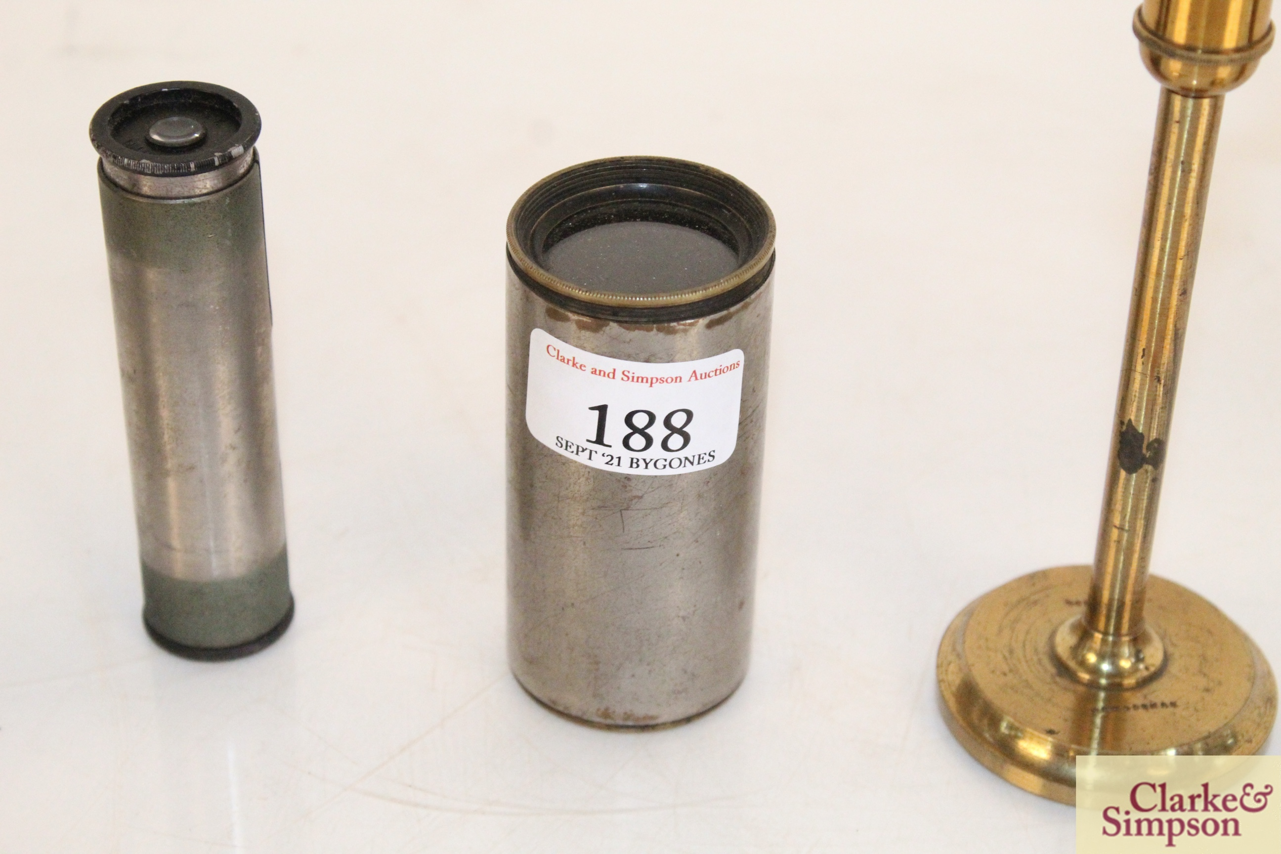 A brass cased magnifier on stand by Dunscombe of B - Image 4 of 9