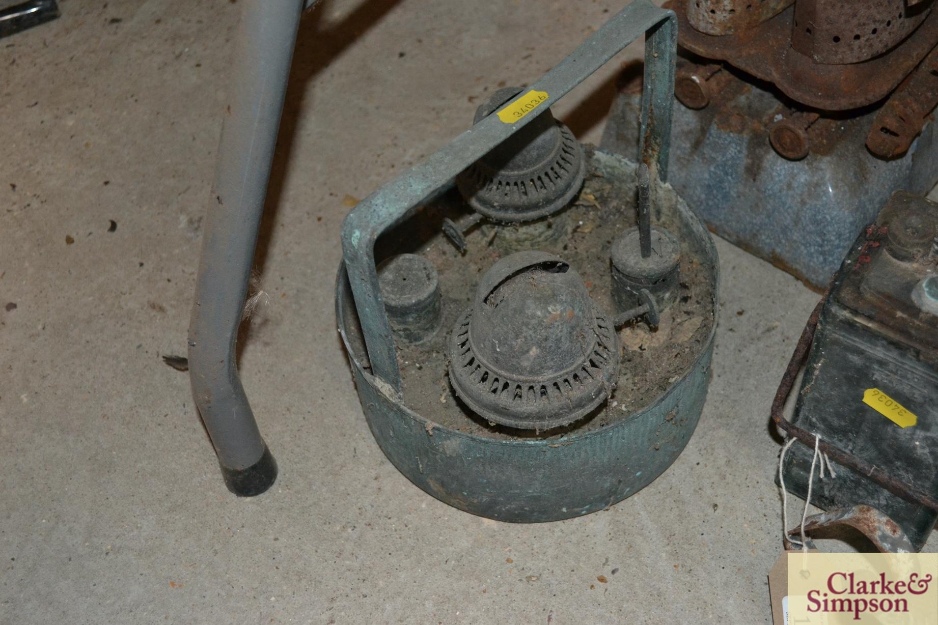Two accumulators, paraffin stoves, blow lamp etc. - Image 3 of 4
