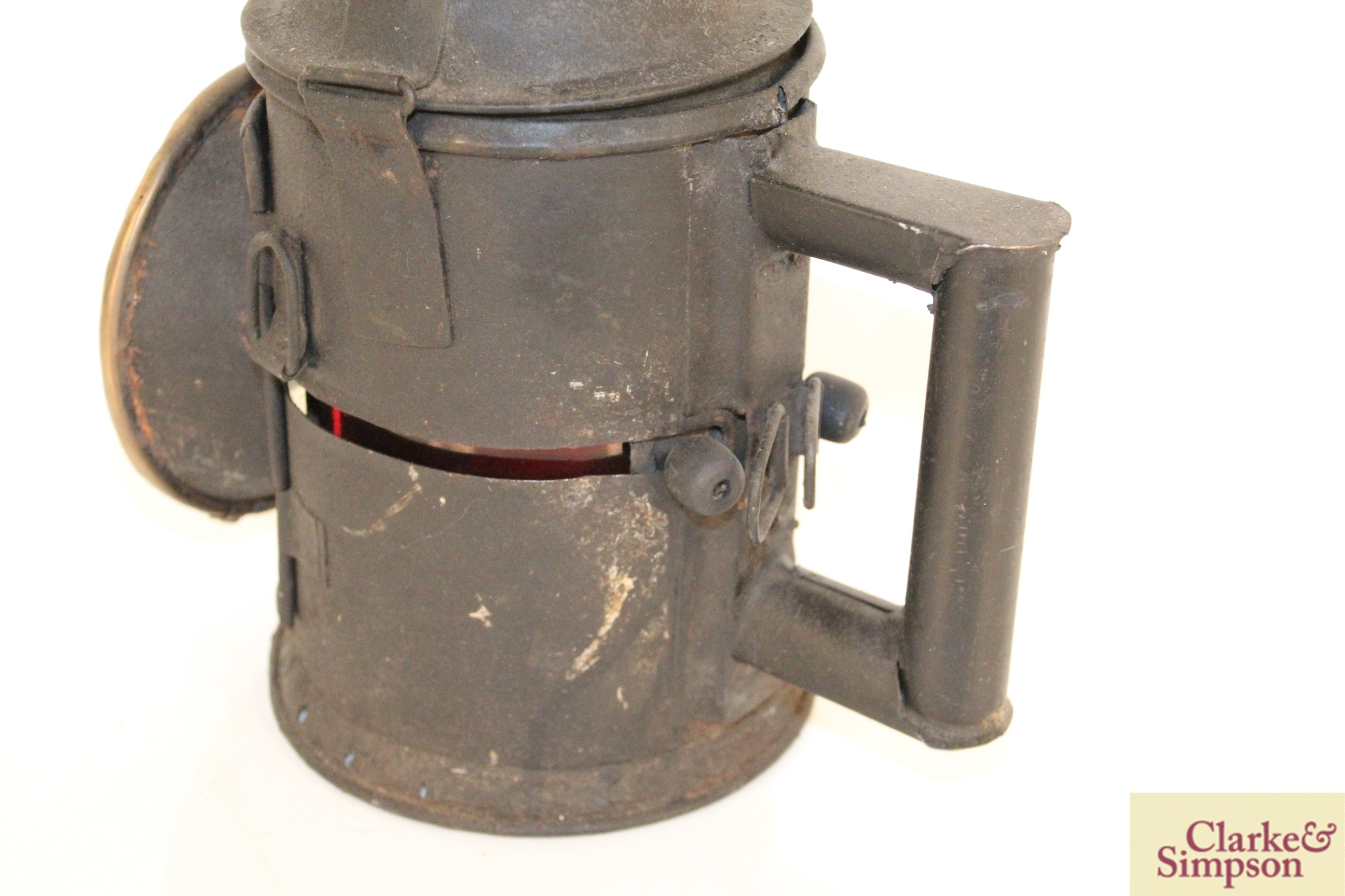 A vintage railway signal lamp - Image 3 of 5