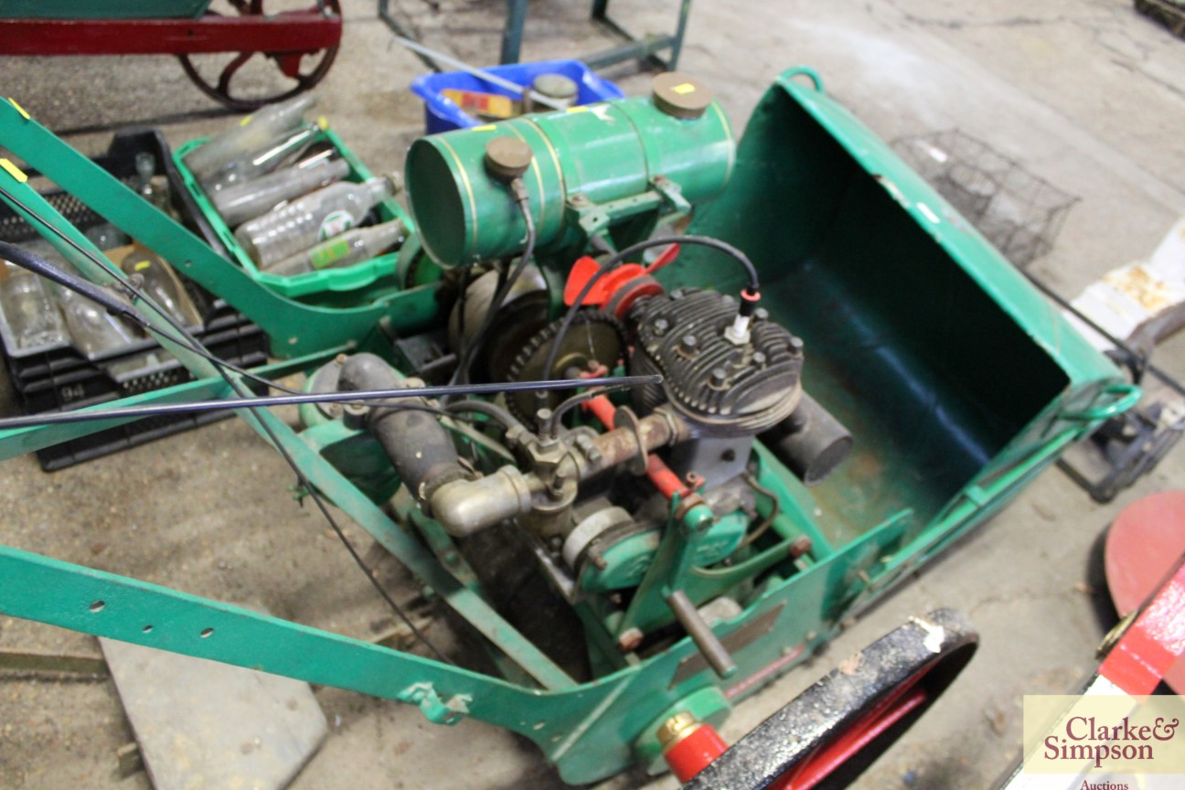 A Ransomes cylinder ride-on mower - Image 9 of 12