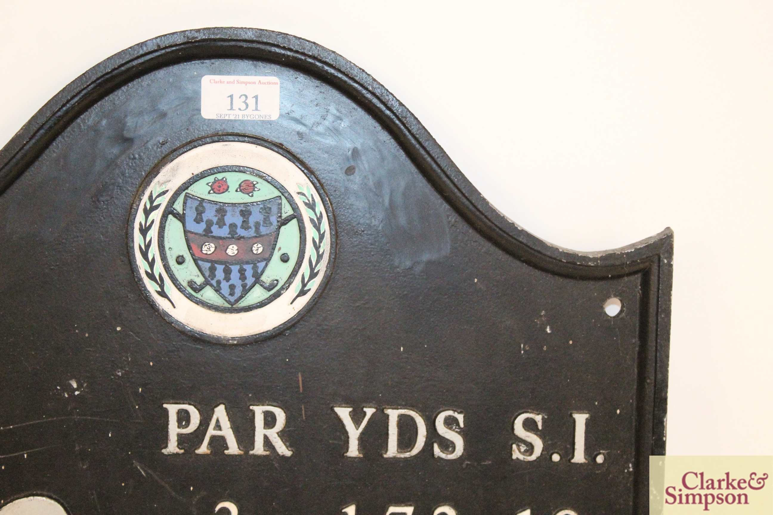 """A cast iron """"Golf Club"""" sign, approx. 15½"""" x 17"""" i - Image 3 of 10"""
