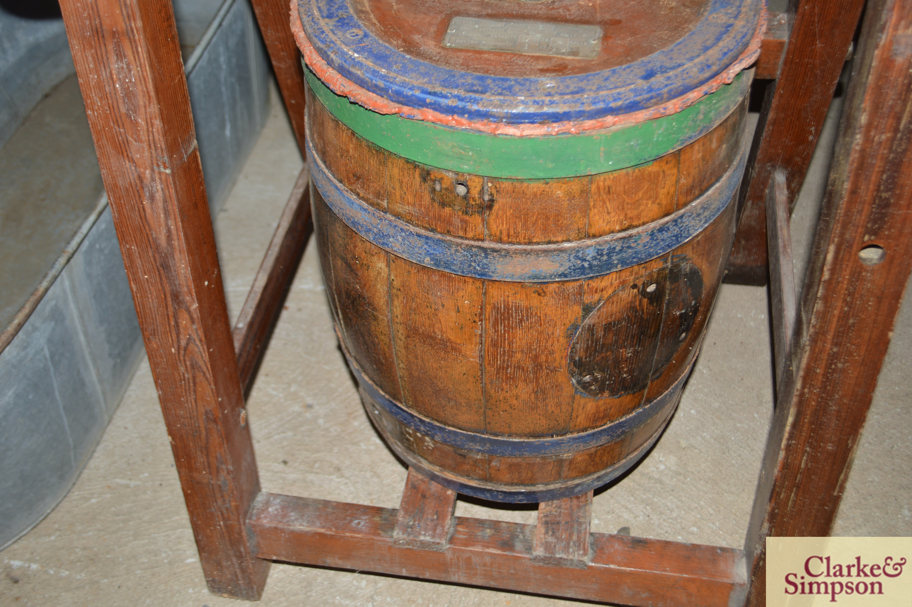An old butter churn with stand and cream separator - Image 11 of 13