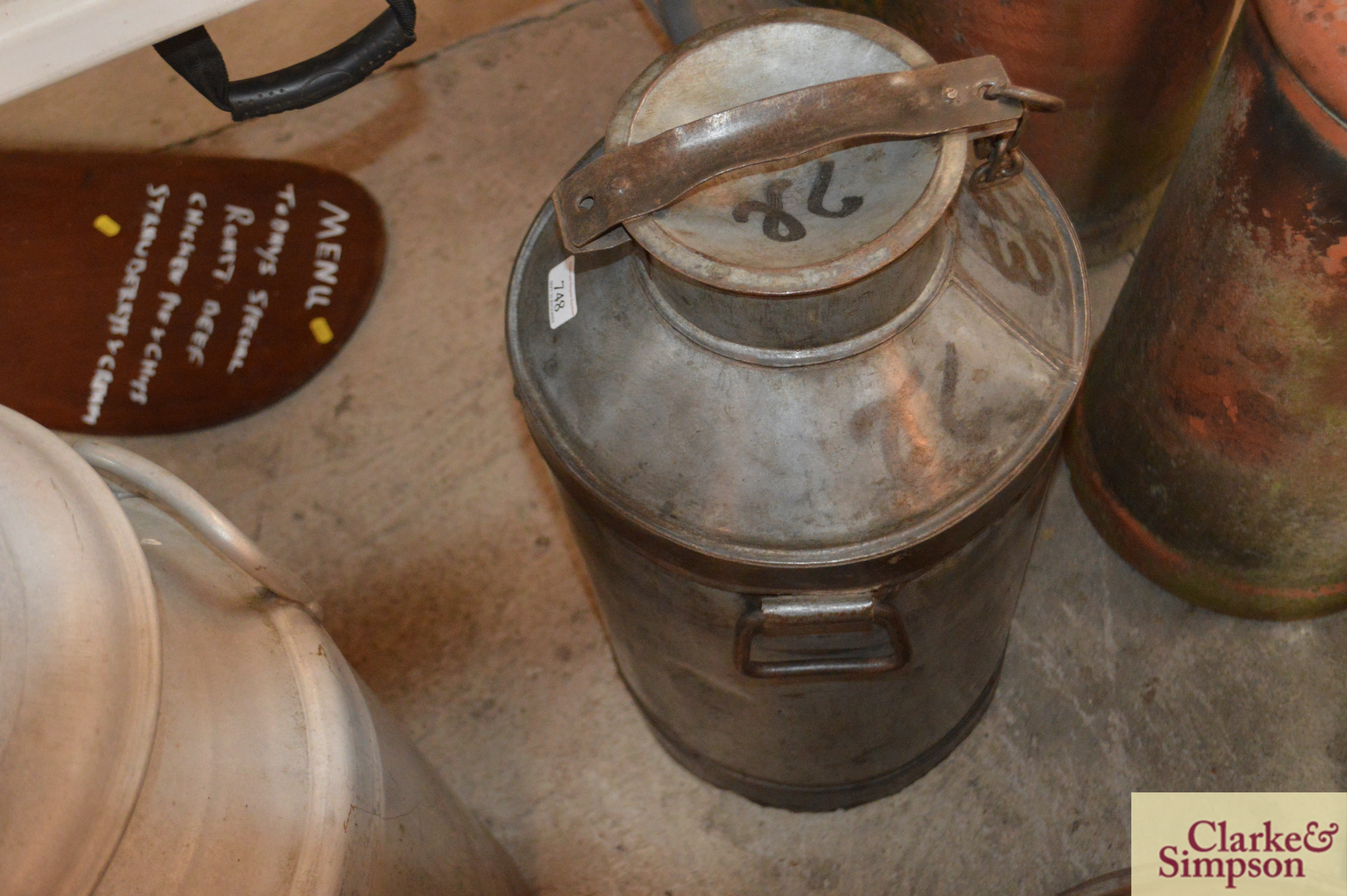 A galvanised and iron tall milk churn and lid - Image 3 of 4
