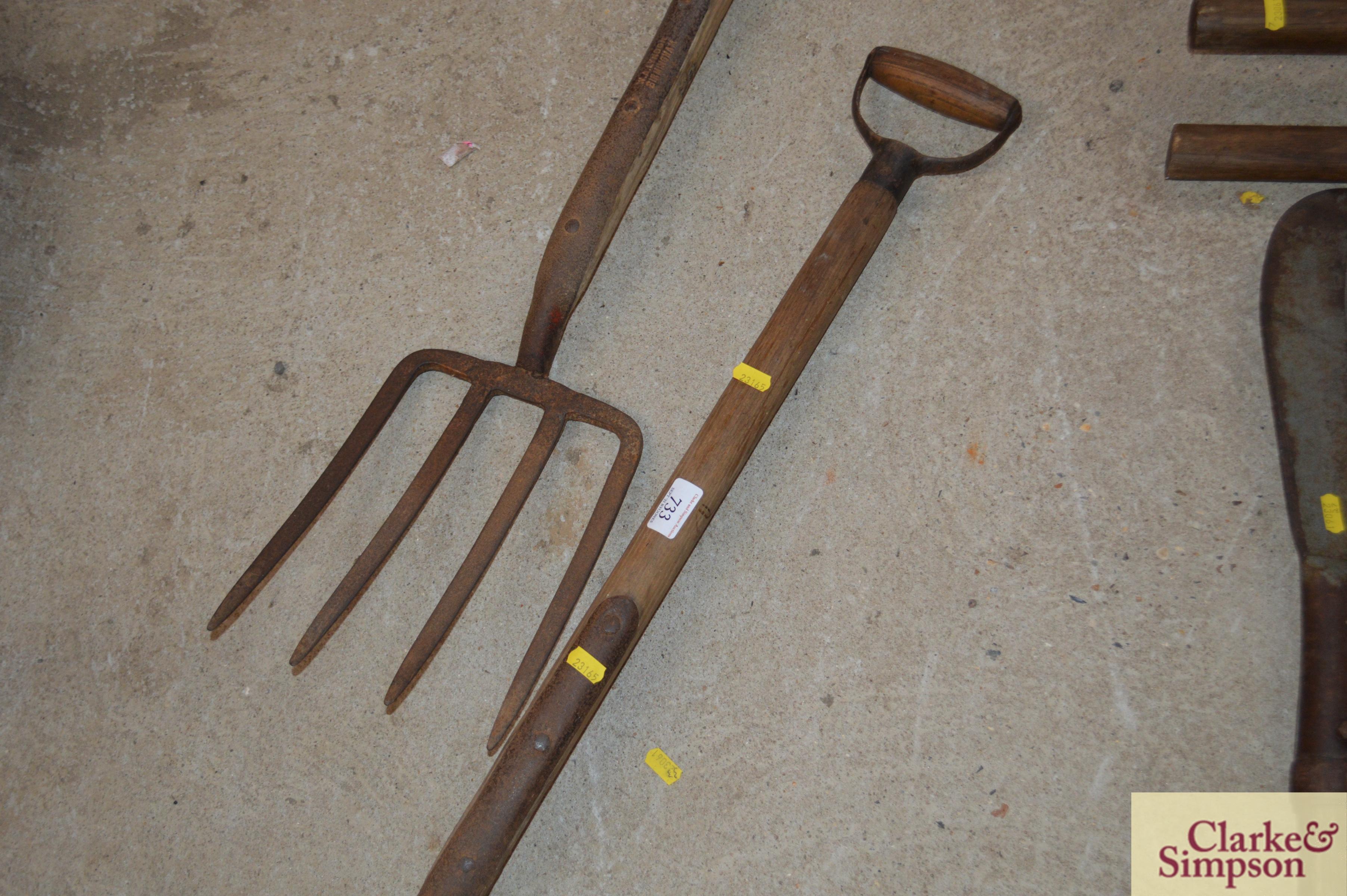 Two vintage forks - Image 5 of 8