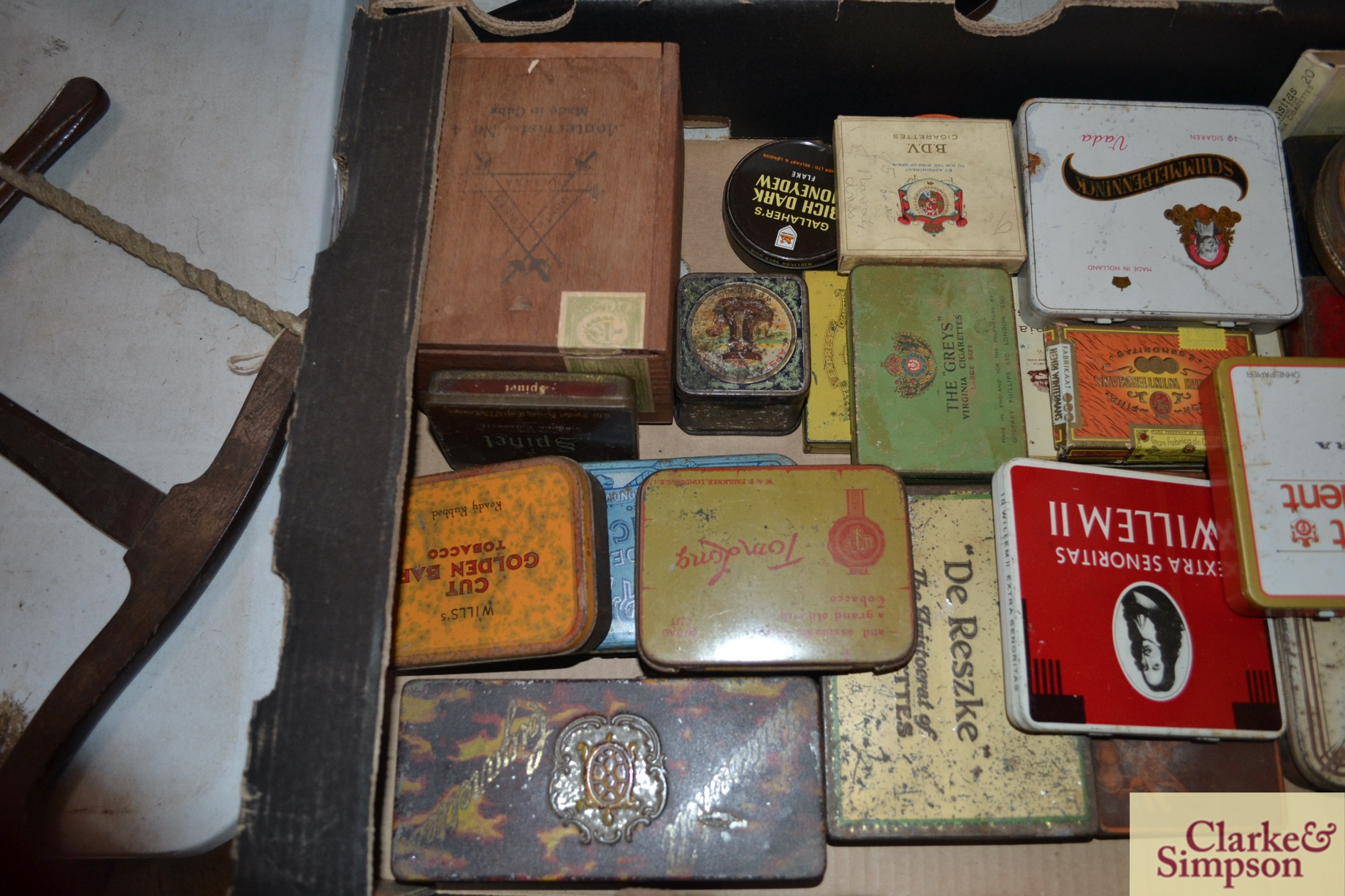 A box of various old cigar, cigarette and tobacco - Image 2 of 3