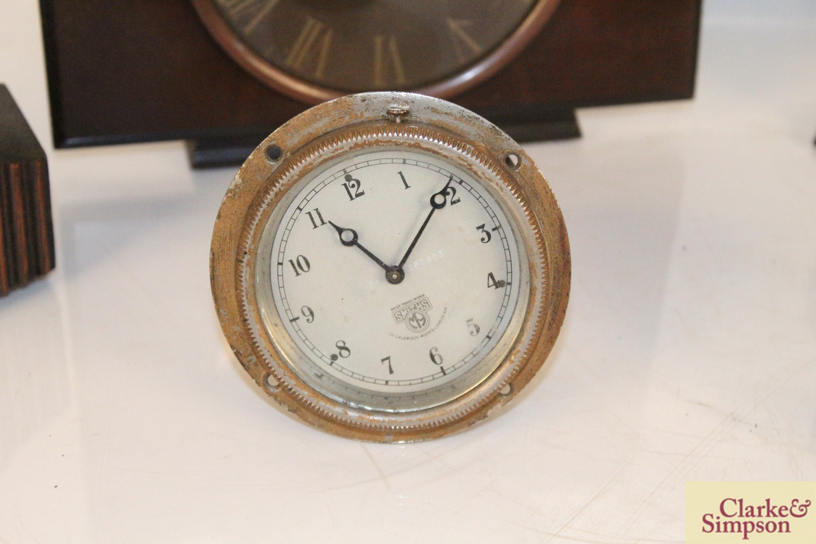 A collection of vintage clocks including a war ala - Image 4 of 7