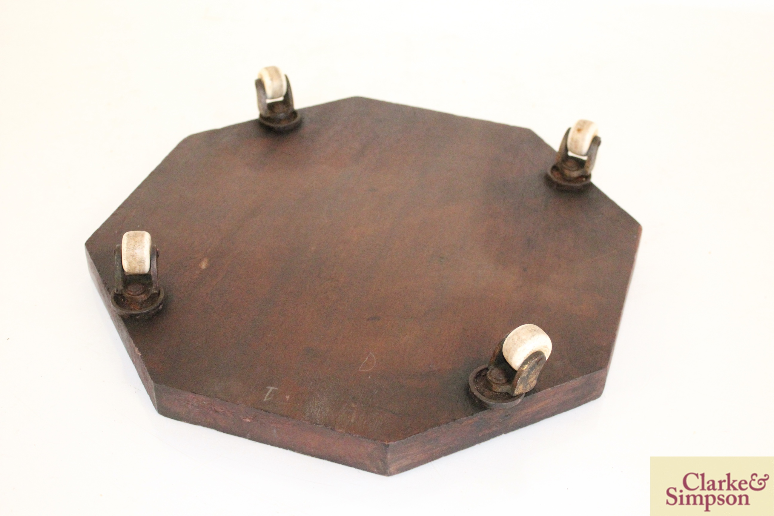 An early 19th Century octagonal cheese coaster on f - Image 4 of 4
