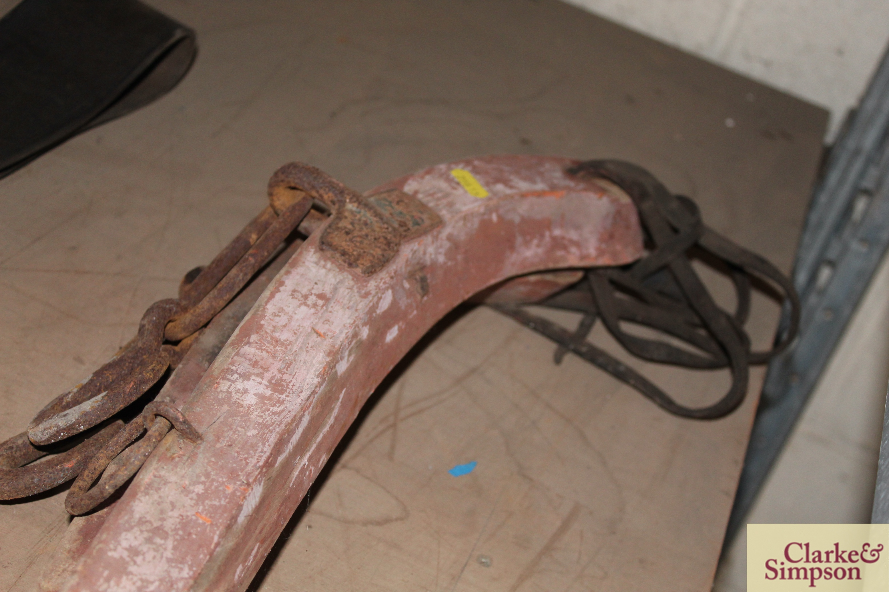 A pair of wooden and iron mounted horse hames - Image 3 of 3