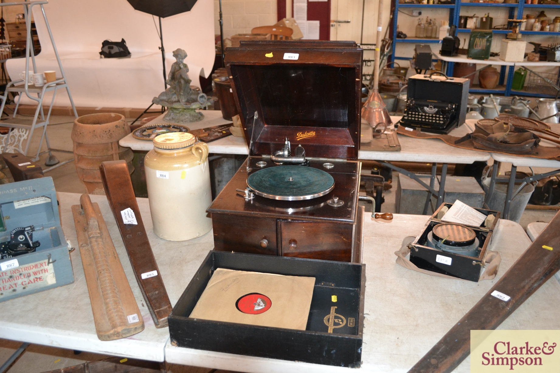 A Dulcetto table model gramophone and ten 78rpm re