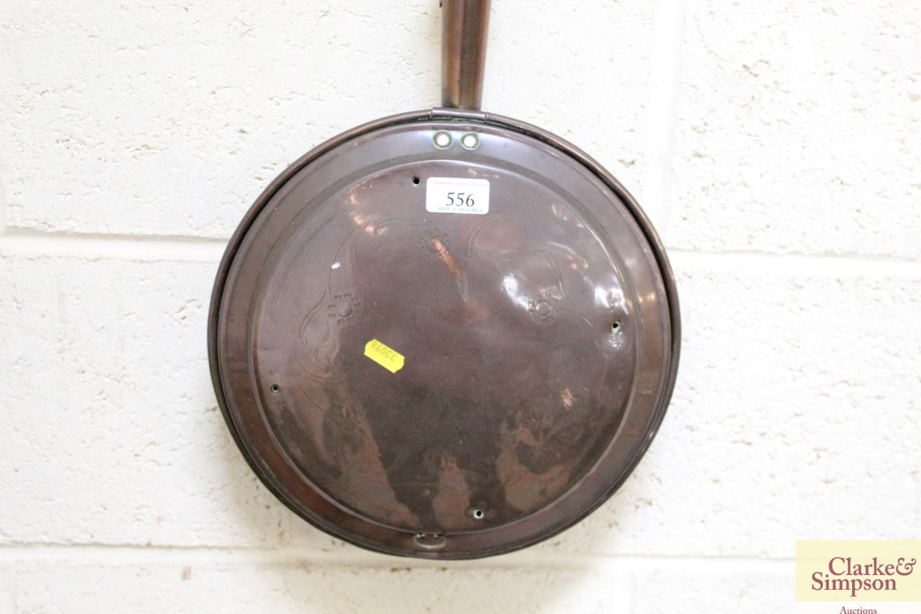 An antique copper warming pan with turned wooden h - Image 2 of 5