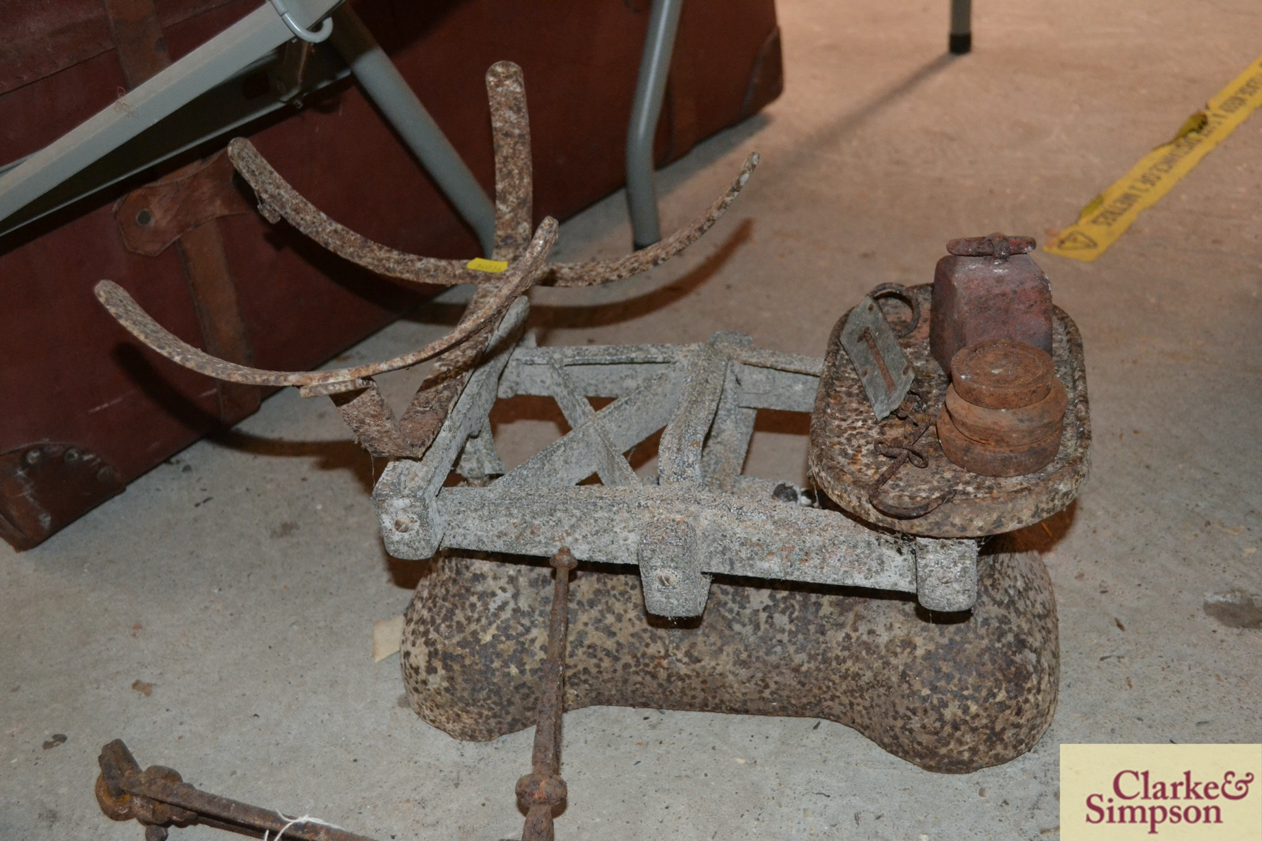An old cast iron beam scale (incomplete) and a cas - Image 2 of 4