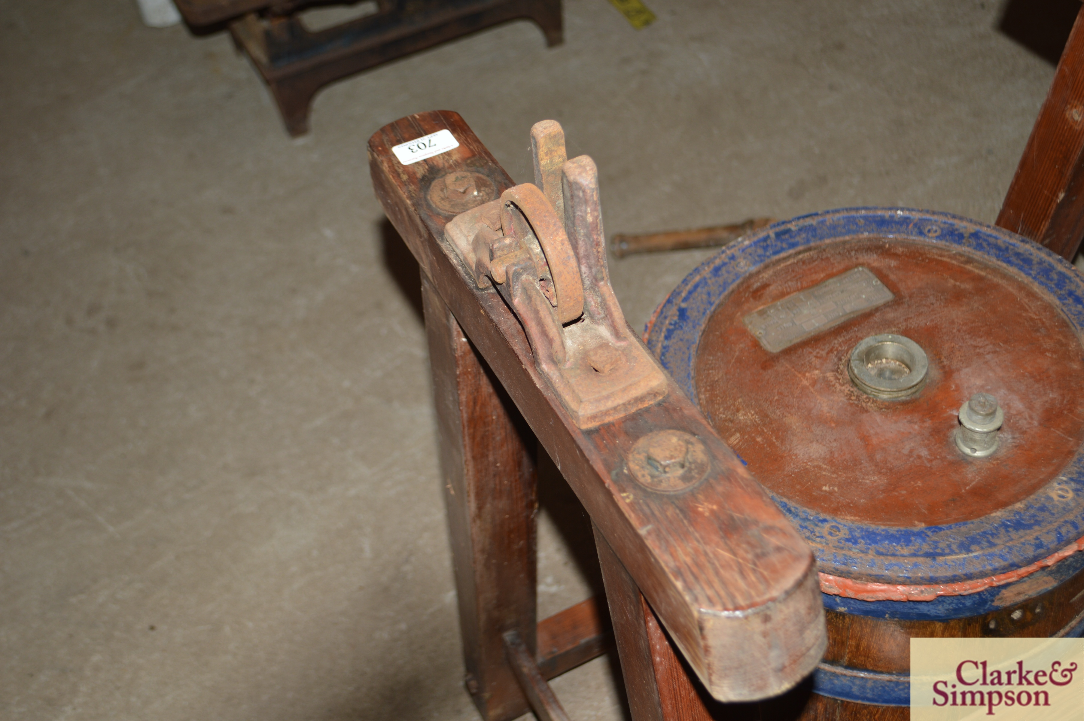 An old butter churn with stand and cream separator - Image 9 of 13
