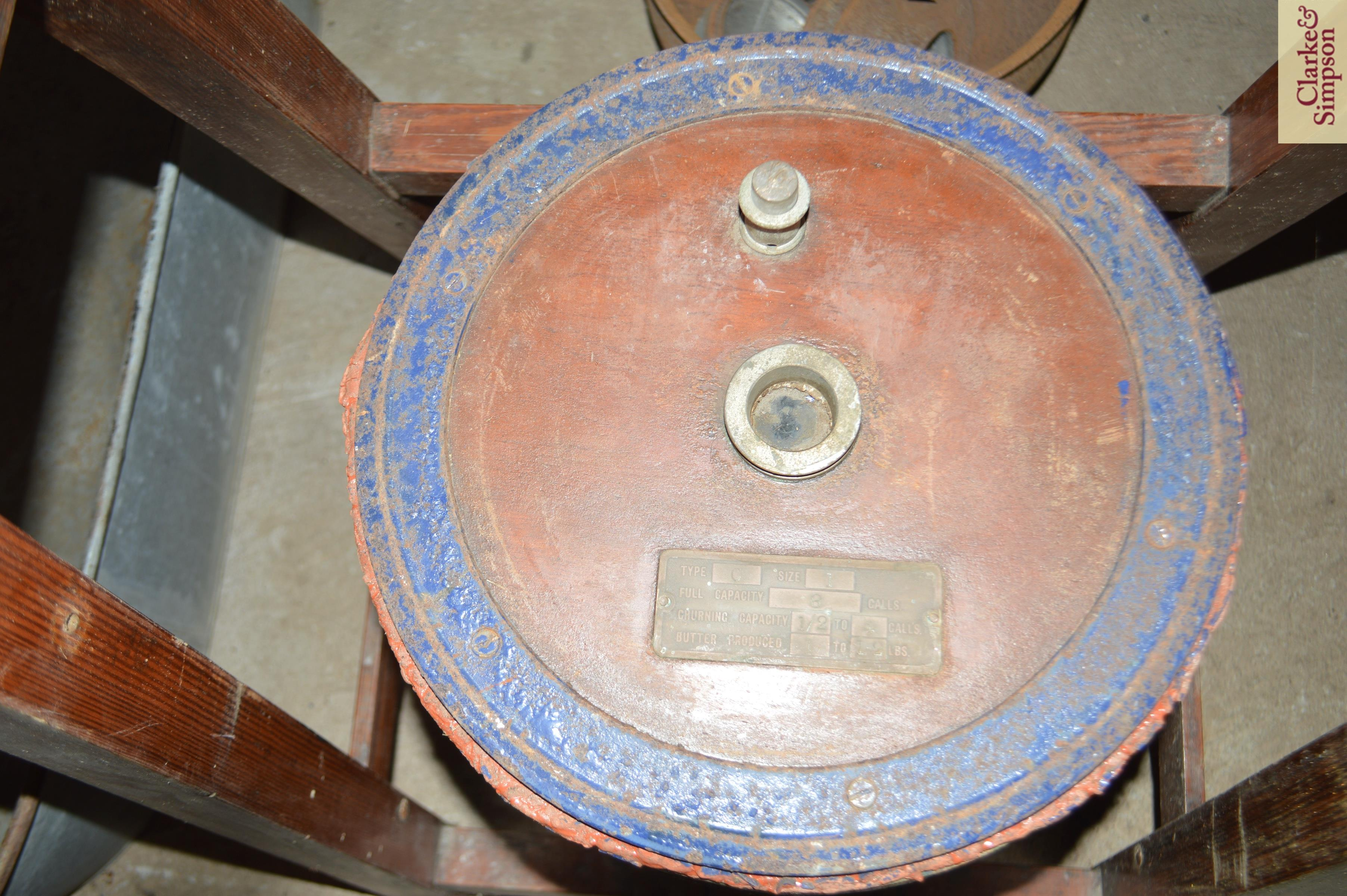 An old butter churn with stand and cream separator - Image 6 of 13
