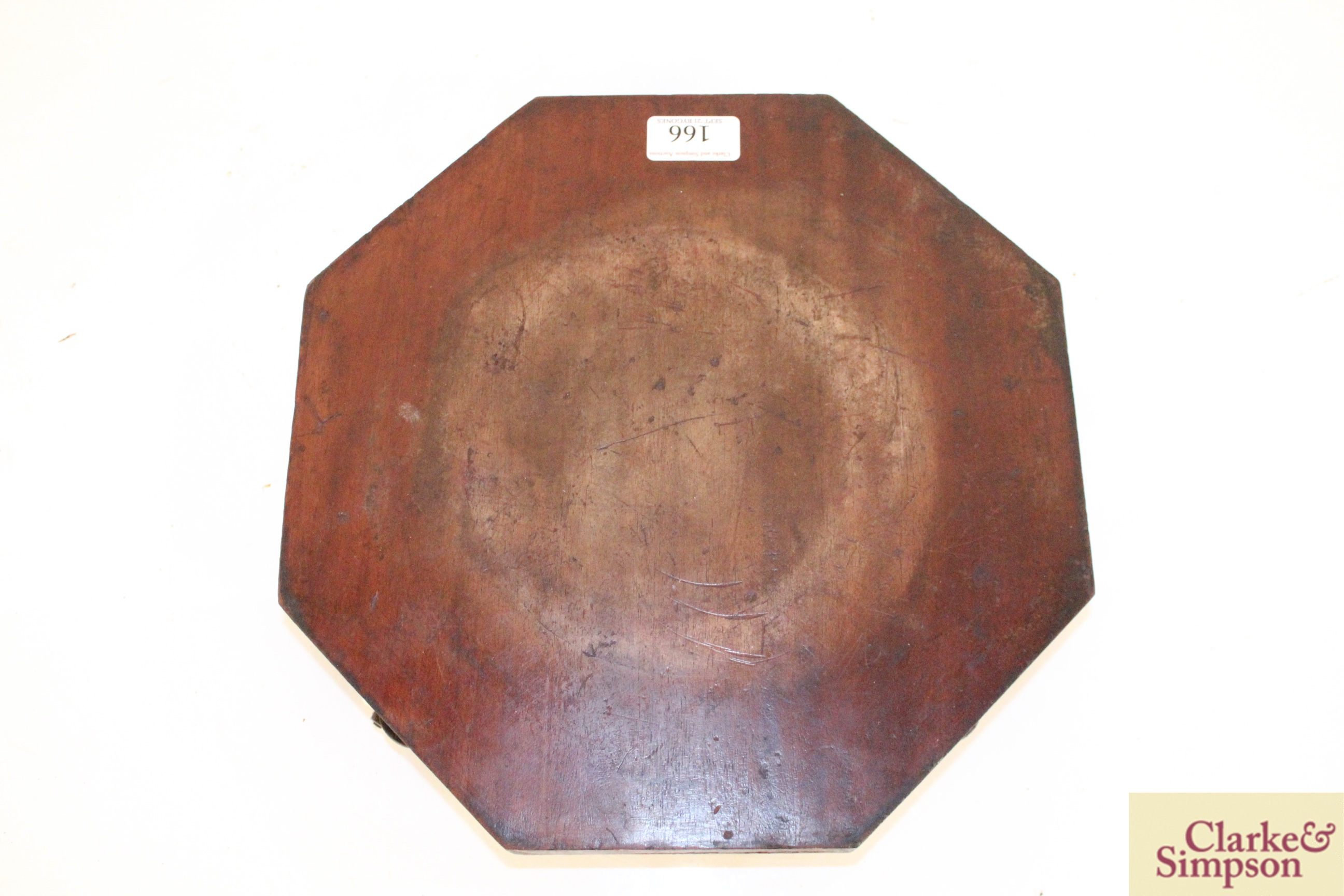 An early 19th Century octagonal cheese coaster on f - Image 3 of 4