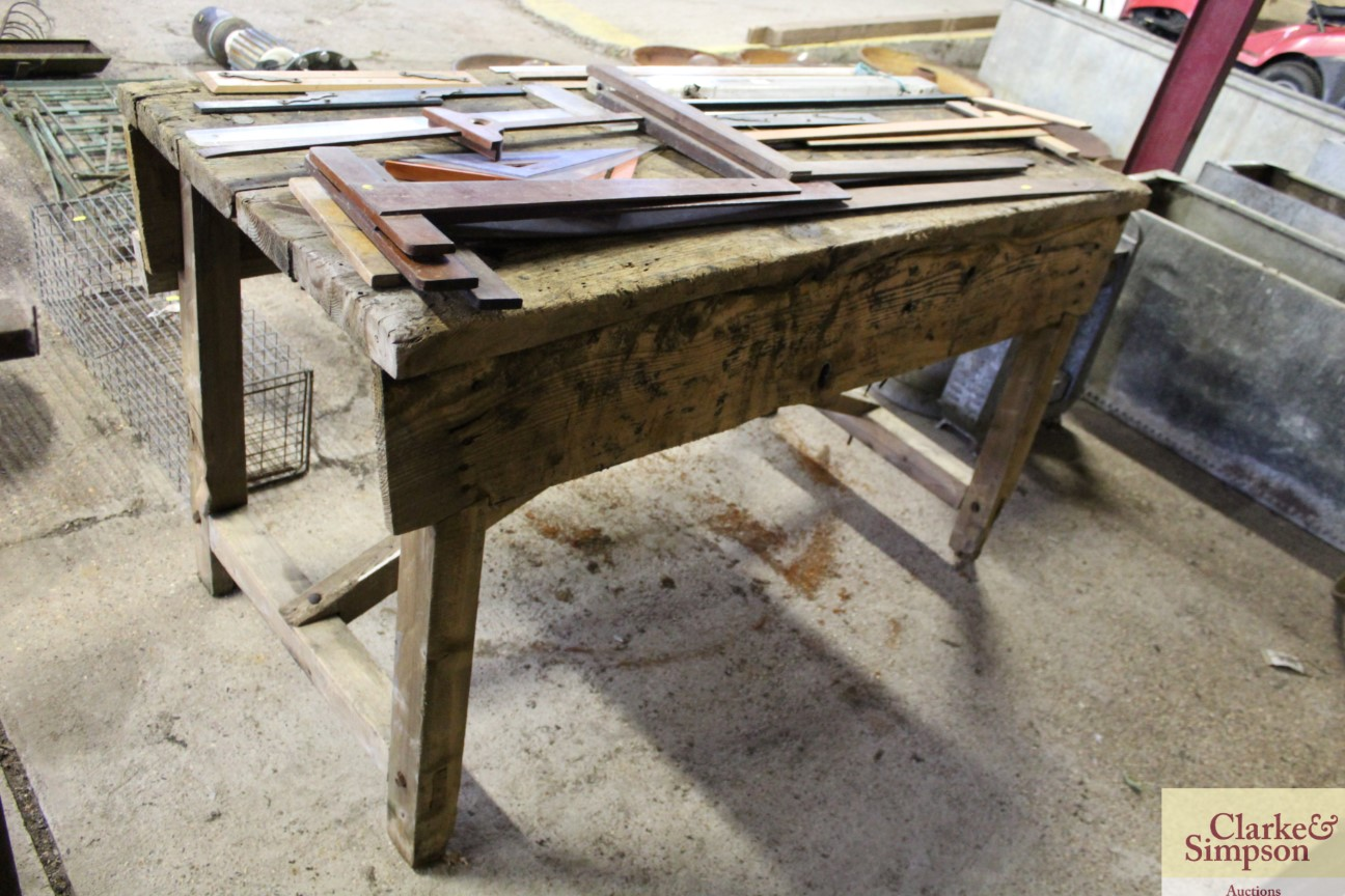 A vintage wooden work bench complete with Record v - Image 3 of 5