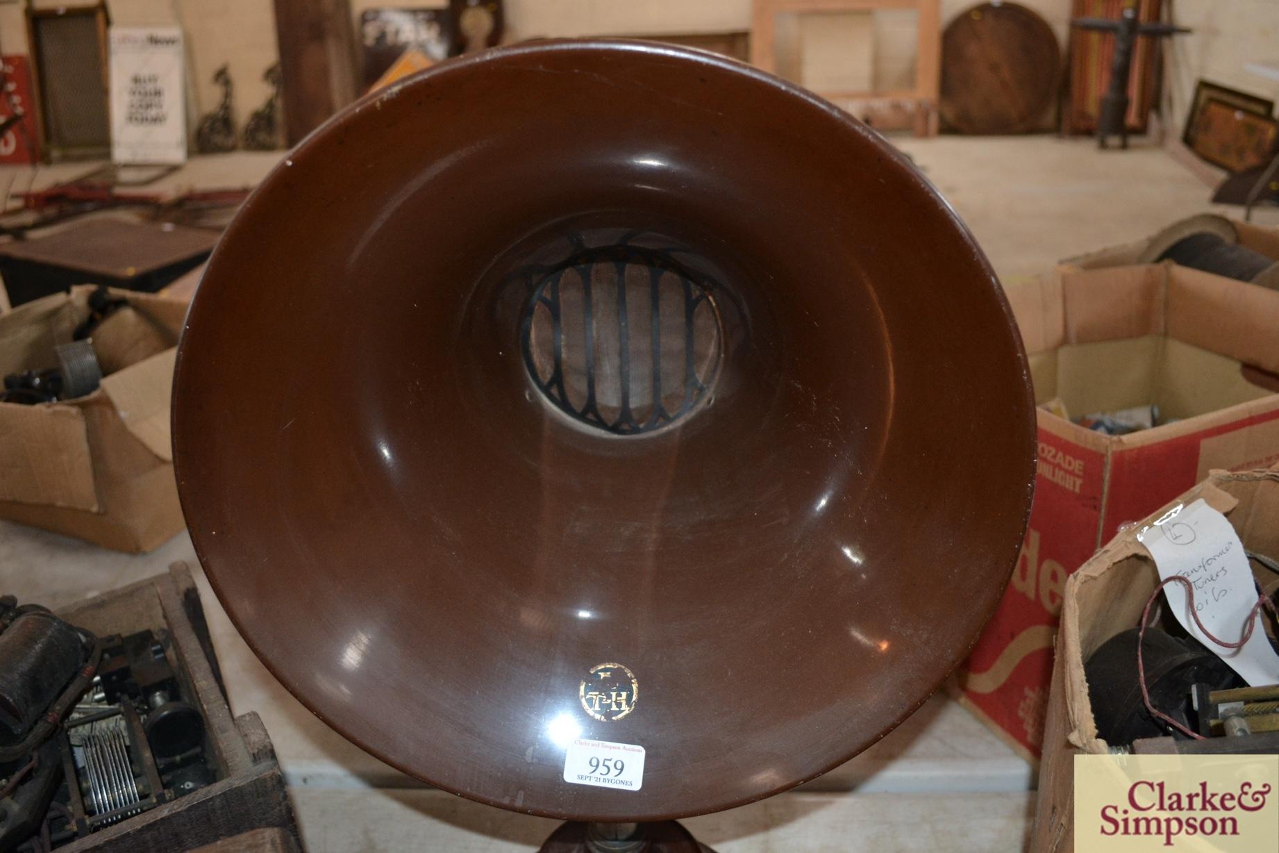 A BTH radio horn speaker - Image 2 of 3