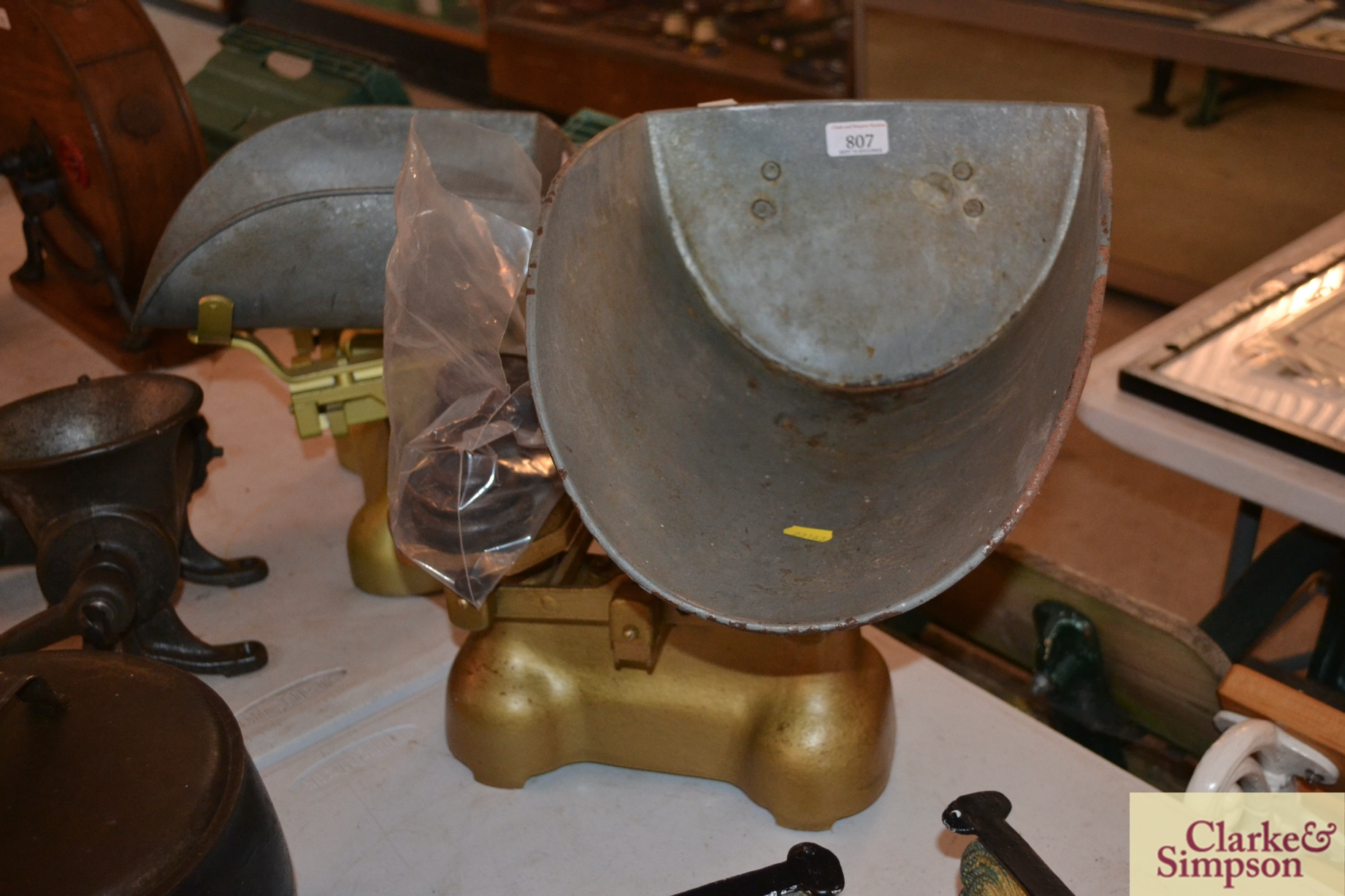 A set of Avery cast iron medium potato scales with