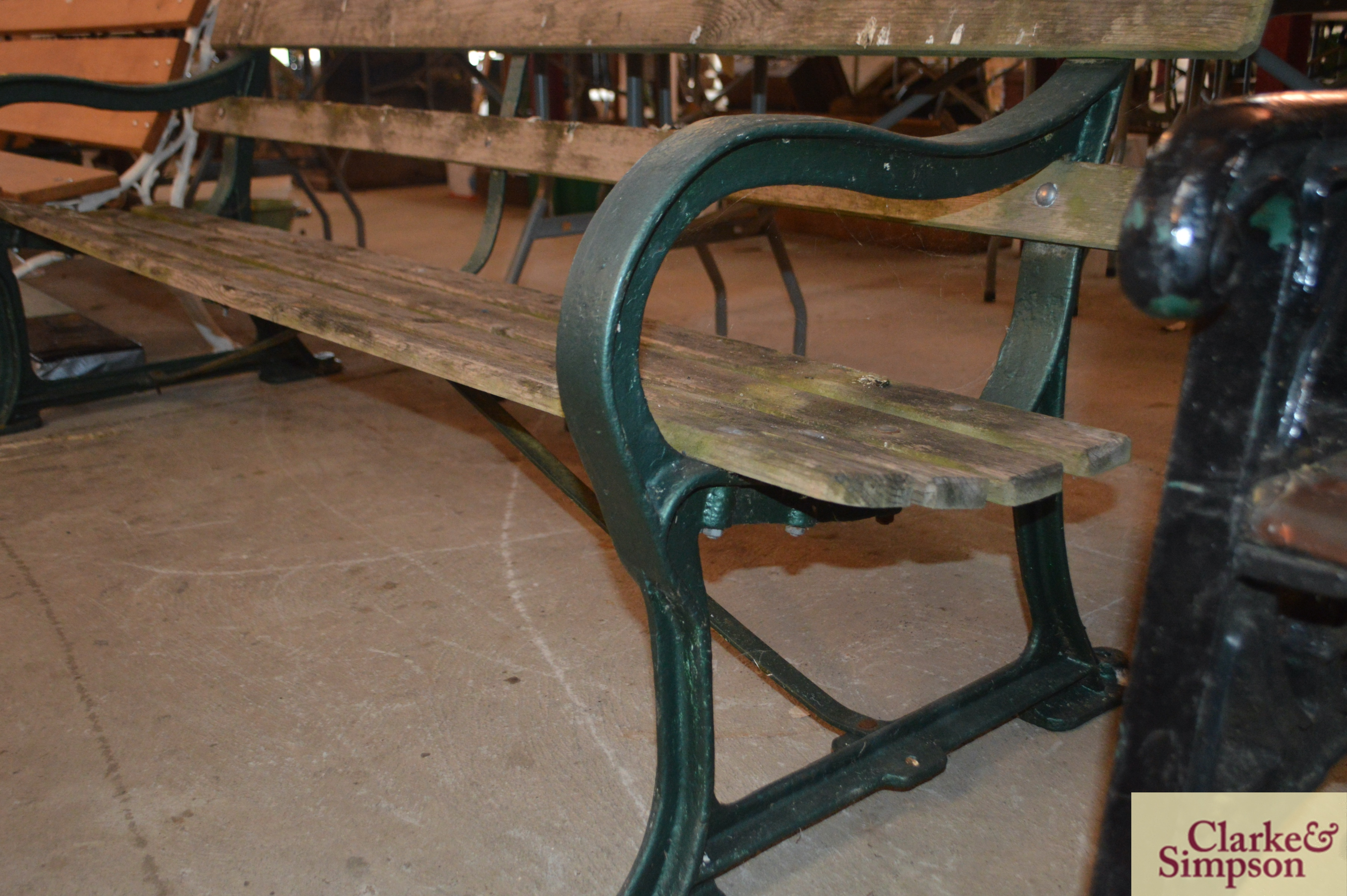 A cast iron and wooden slatted railway type bench - Image 4 of 4