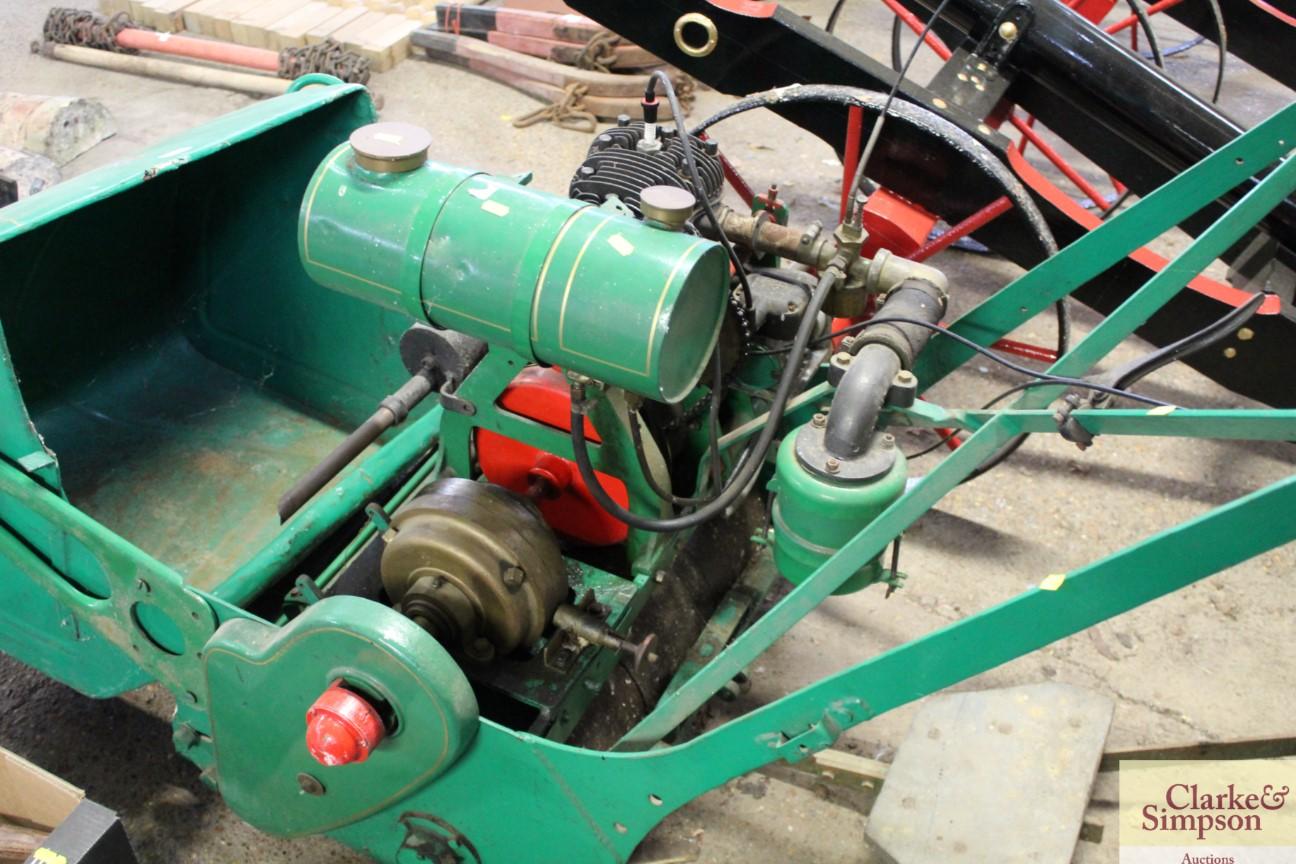 A Ransomes cylinder ride-on mower - Image 10 of 12