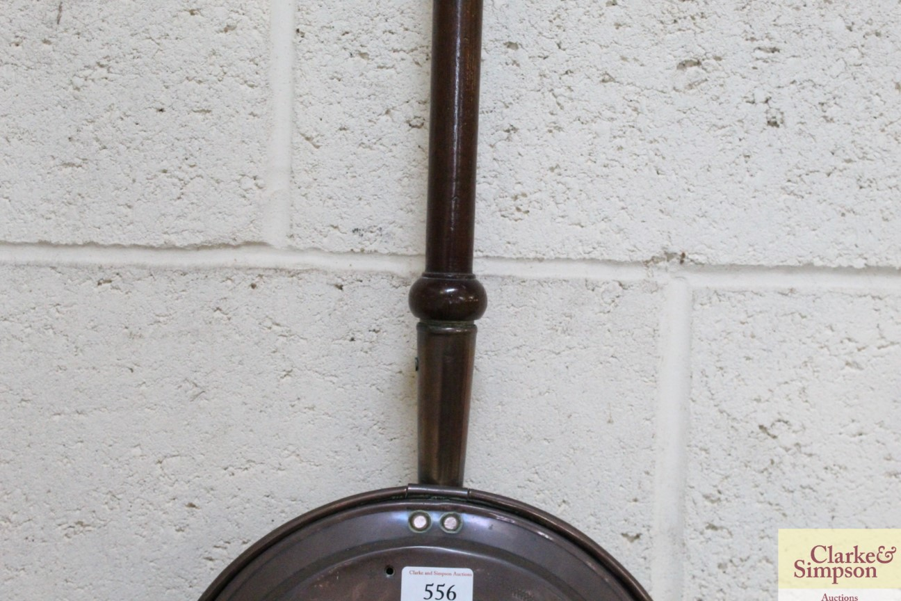 An antique copper warming pan with turned wooden h - Image 3 of 5
