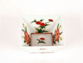 A small Chinese famille verte square shapedbowl,with floral decoration and clouds , 10cm dia.